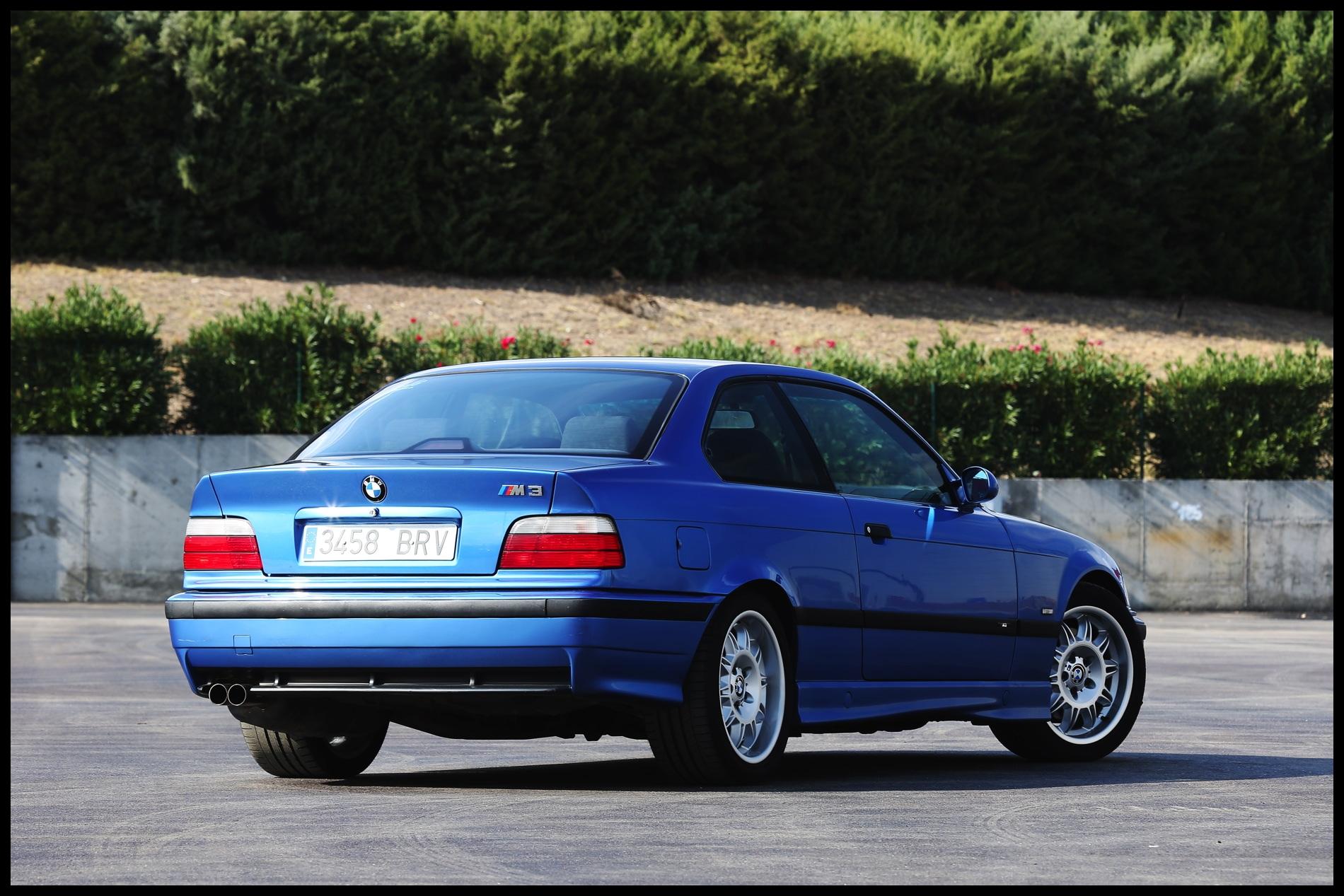 E36 BMW M3 race track 2
