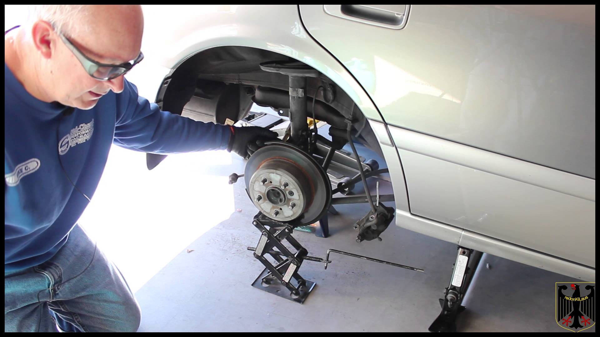 2001 Toyota Camry Rear Strut Replacement