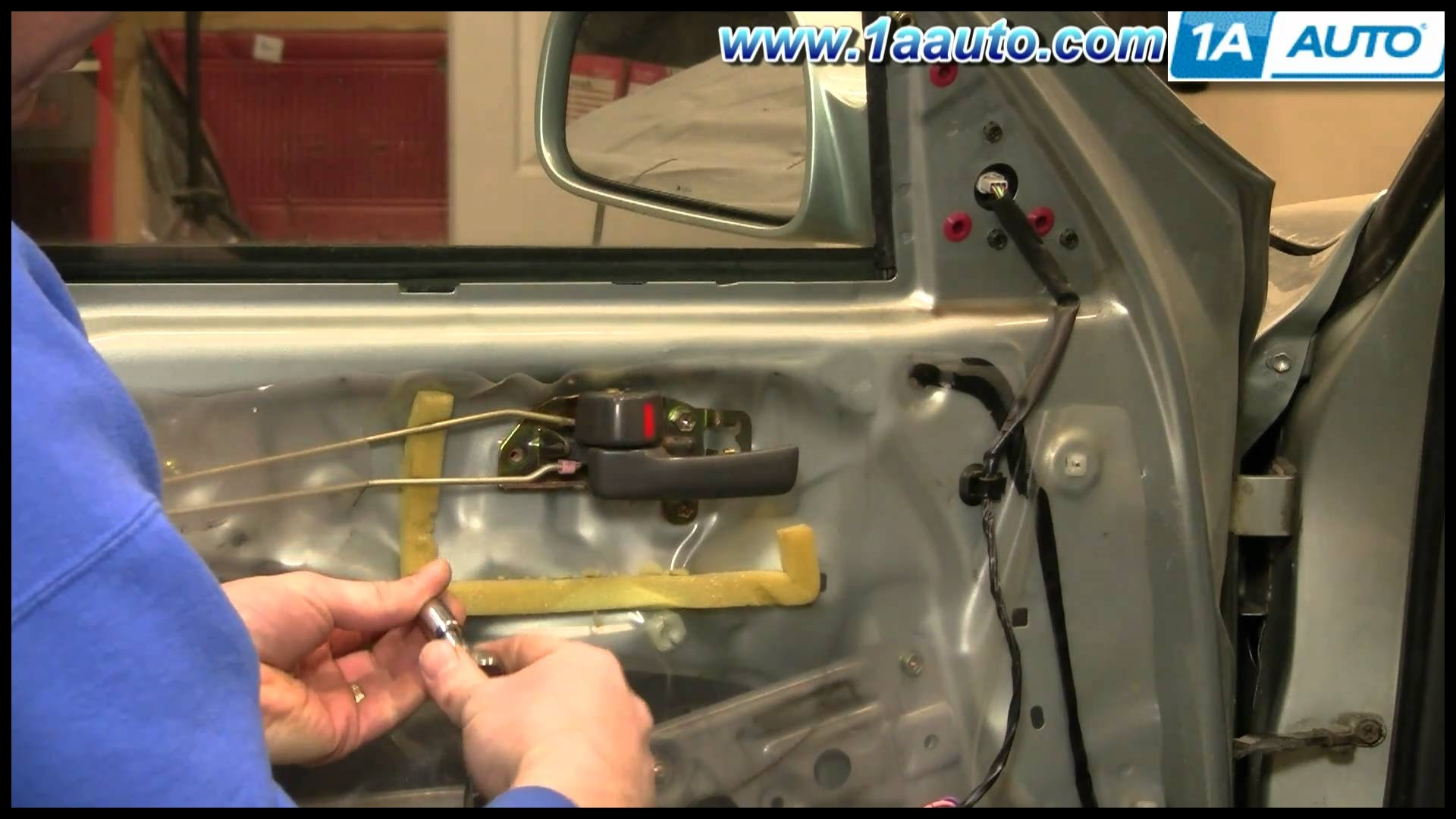 How To Install Replace Front Inside Door Handle Toyota Camry 92 96 1AAuto
