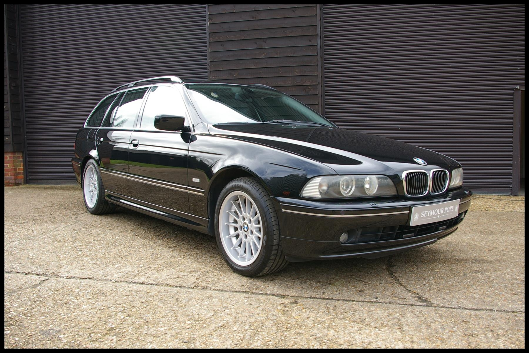 BMW E39 540I TOURING AUTO BEAUTIFUL LOW MILEAGE EXAMPLE 2002
