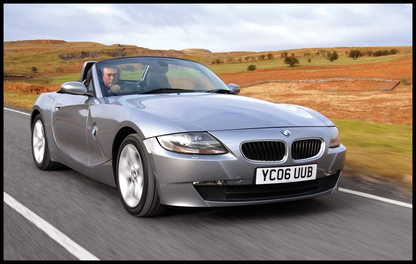 BMW Z4 Roadster 2003 2008 Features Equipment and Accessories