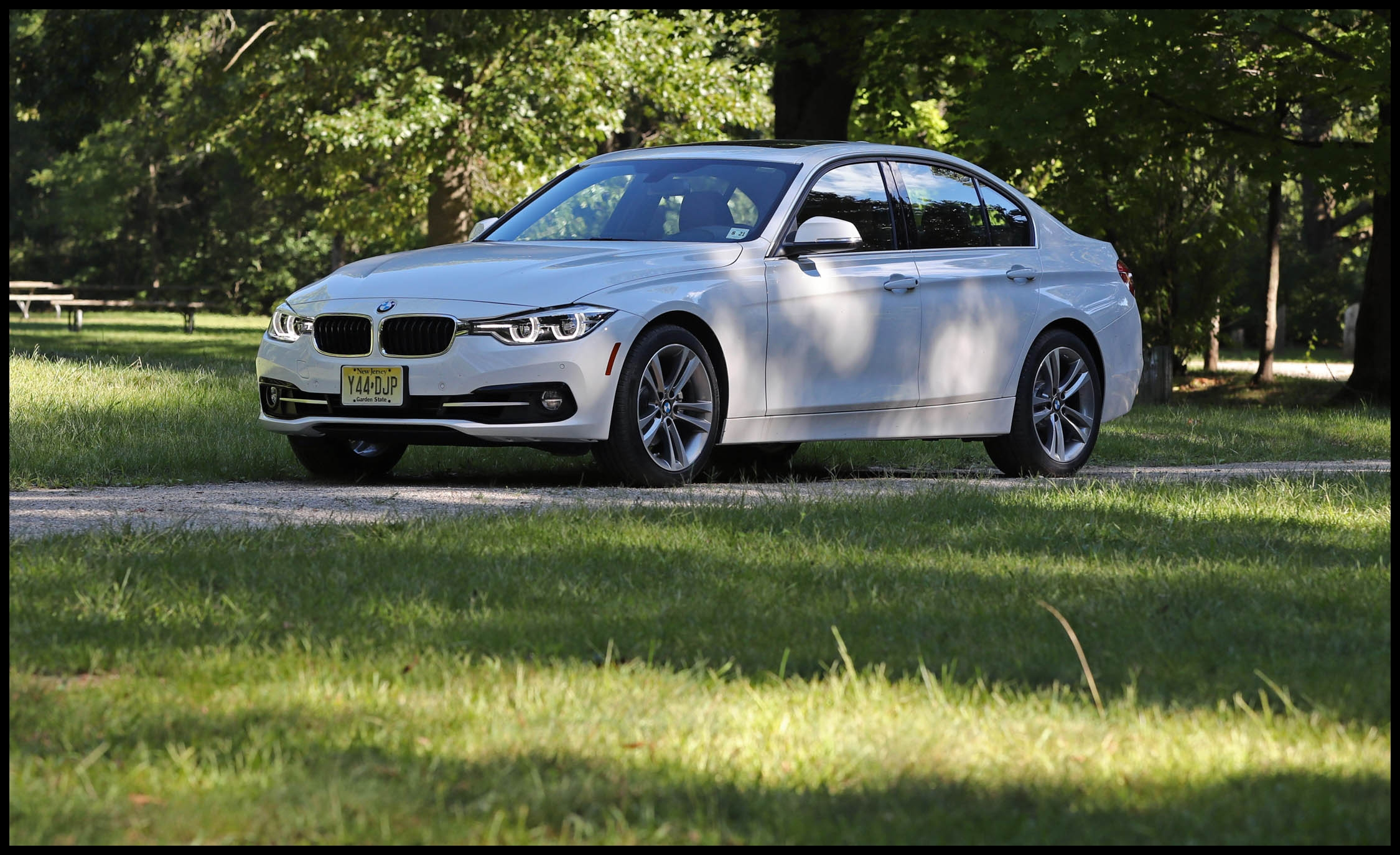 2017 bmw 3 series idrive infotainment review car and driver photo s original