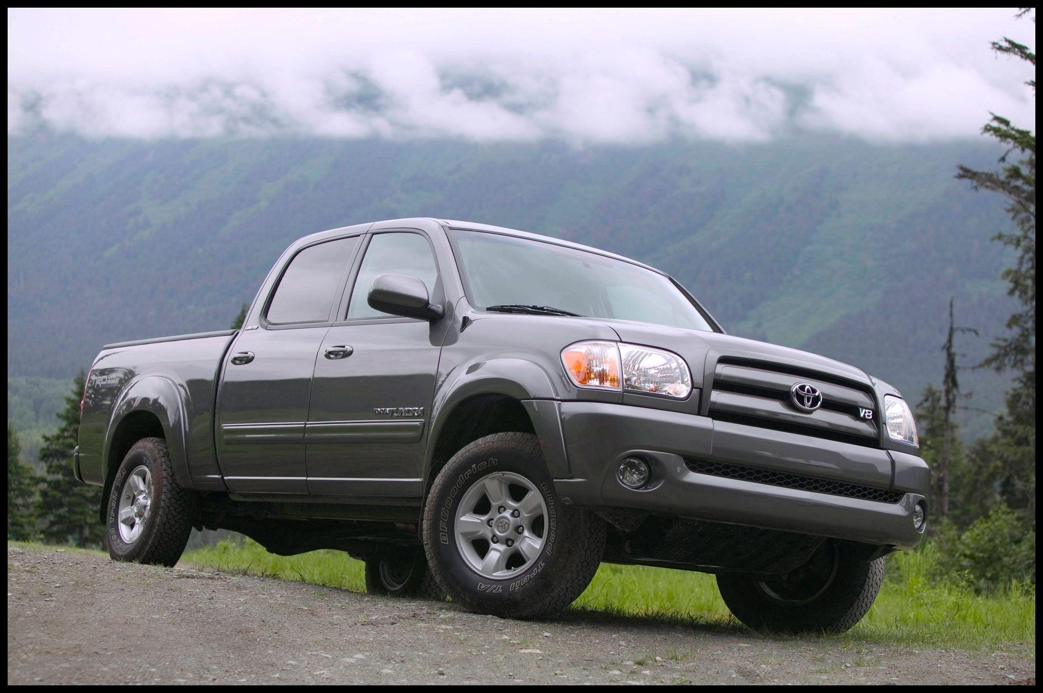 2006 Toyota Tundra Front Angle