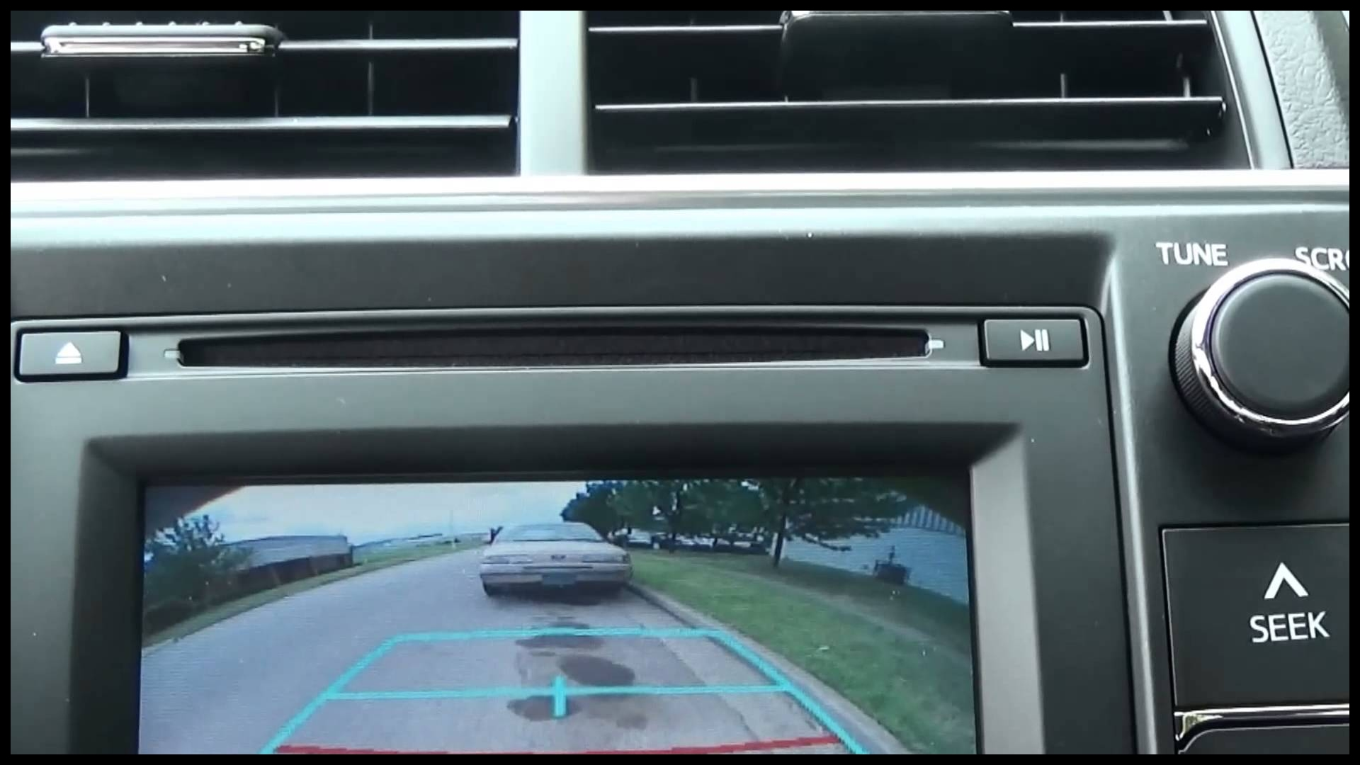 How to use the Back Up Camera on a new 2015 Toyota Camry