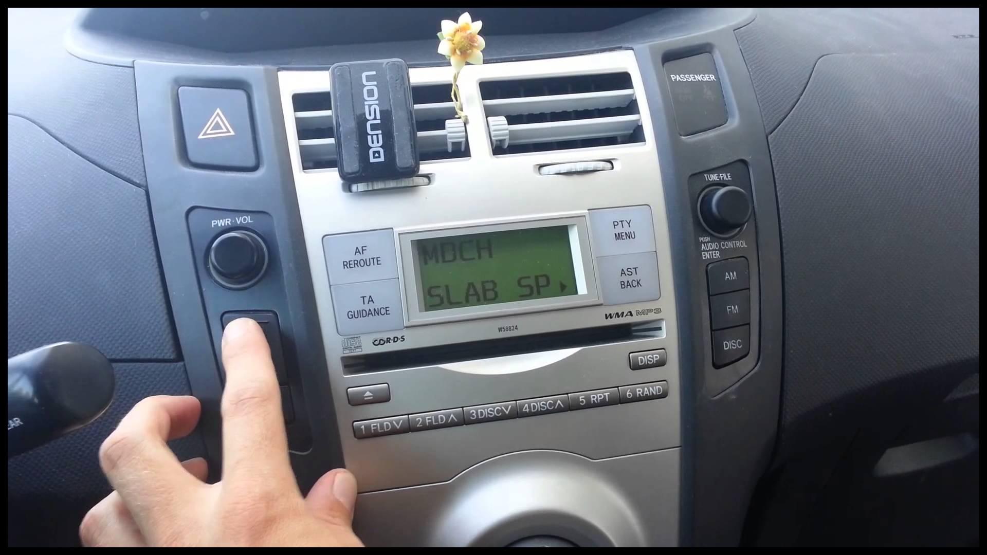 Toyota Yaris USB