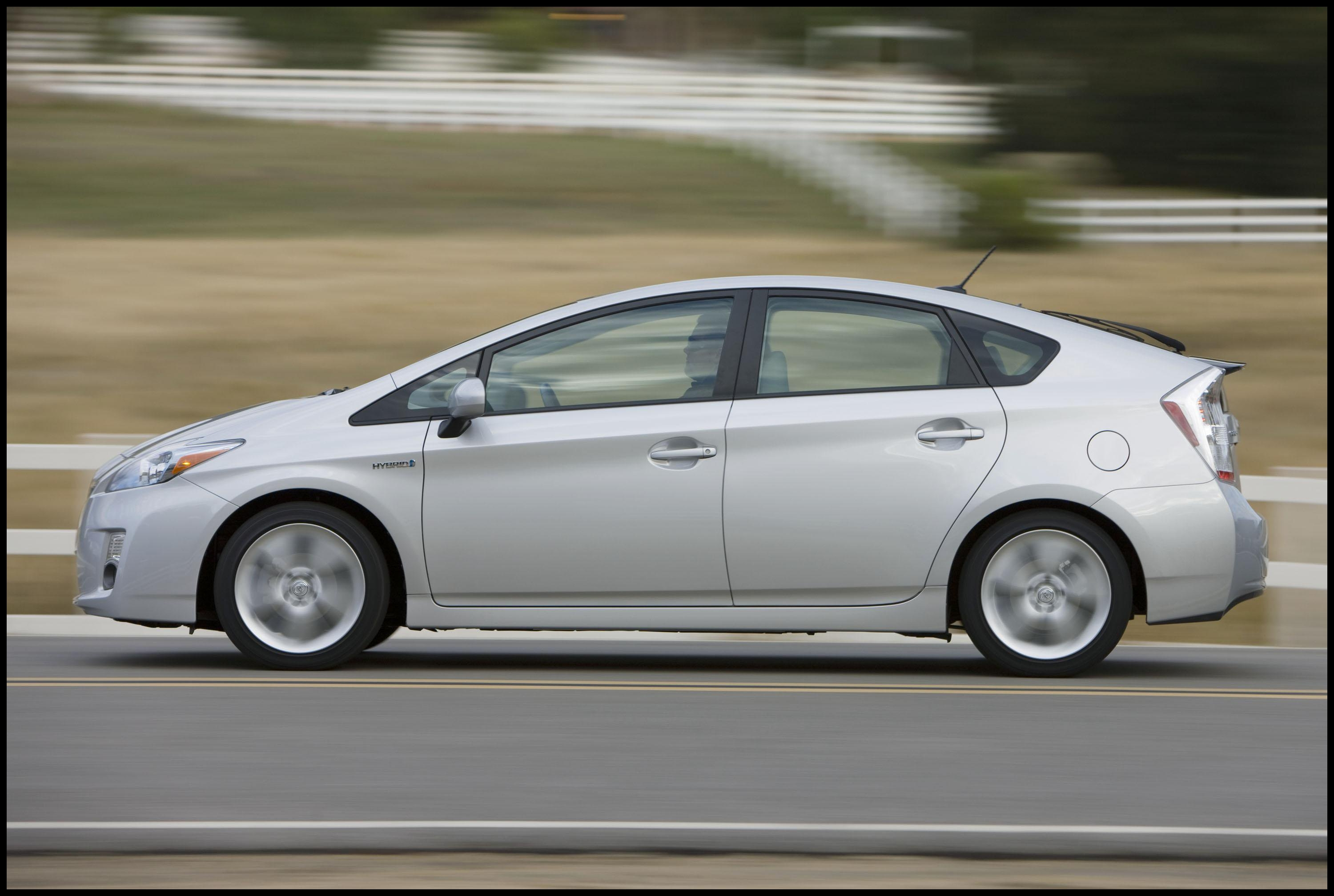 2010 toyota Prius Specs and Review