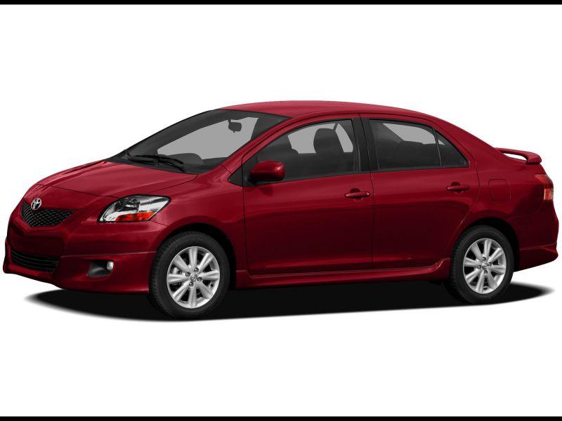 2010 toyota Yaris Sedan Price
