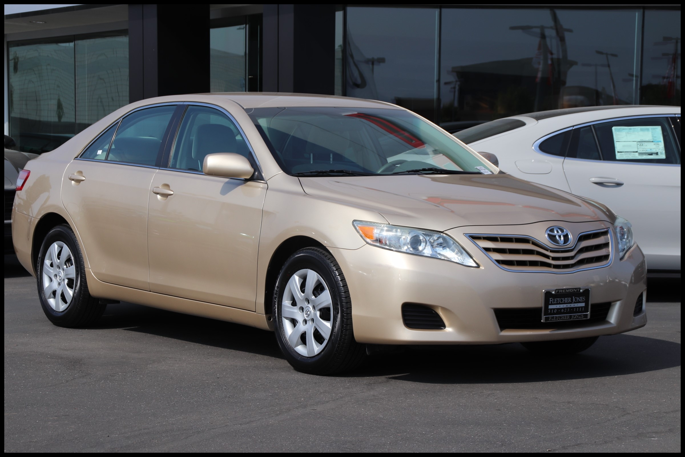 Pre Owned 2011 Toyota Camry 4dr Sdn I4 Man
