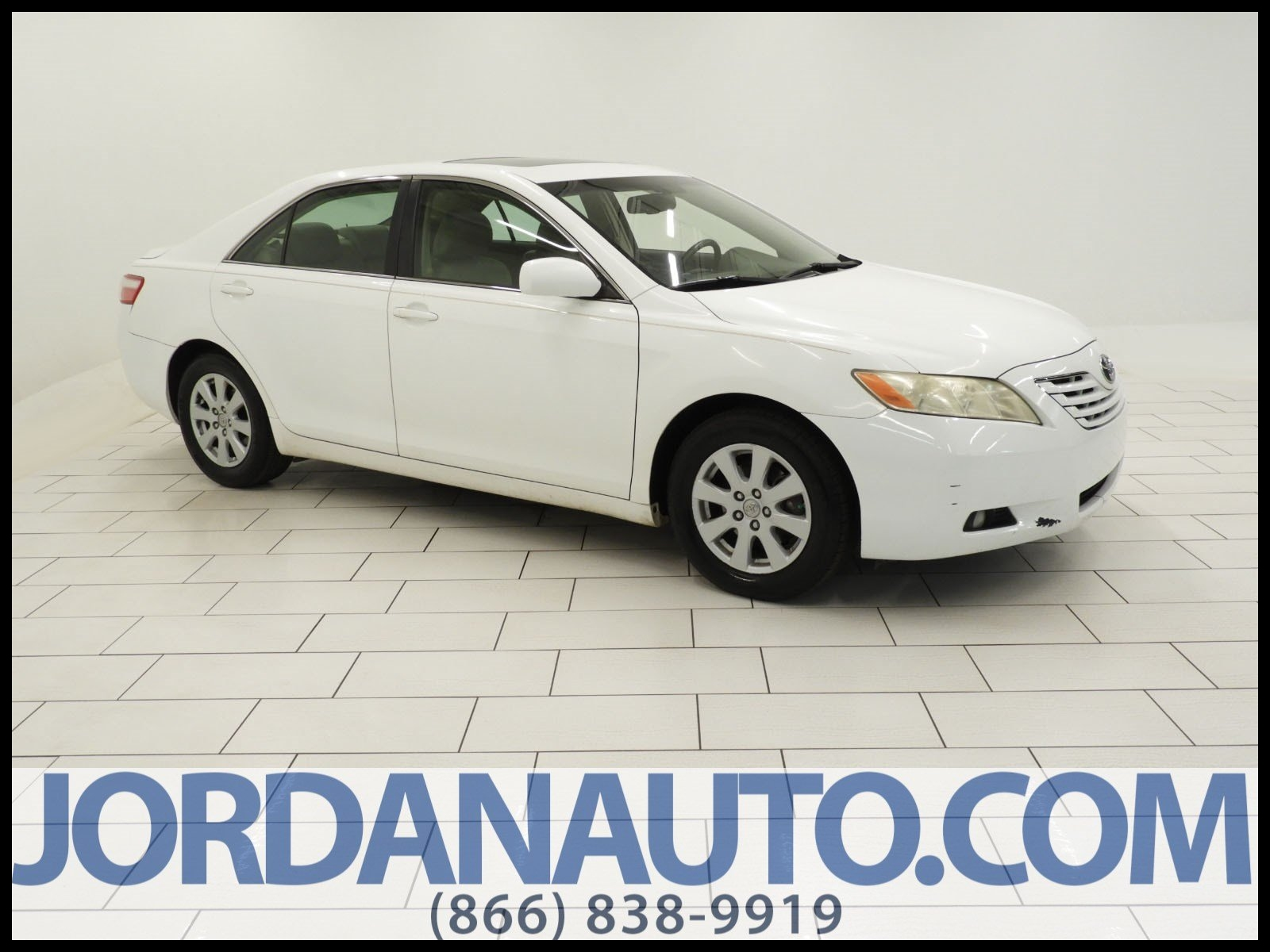 Pre Owned 2007 Toyota Camry XLE