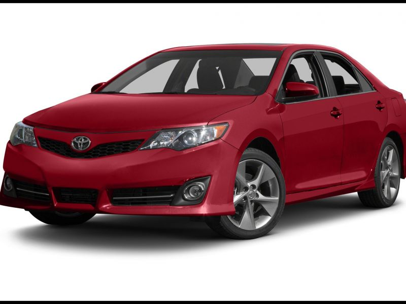 2013 toyota Camry Se Features