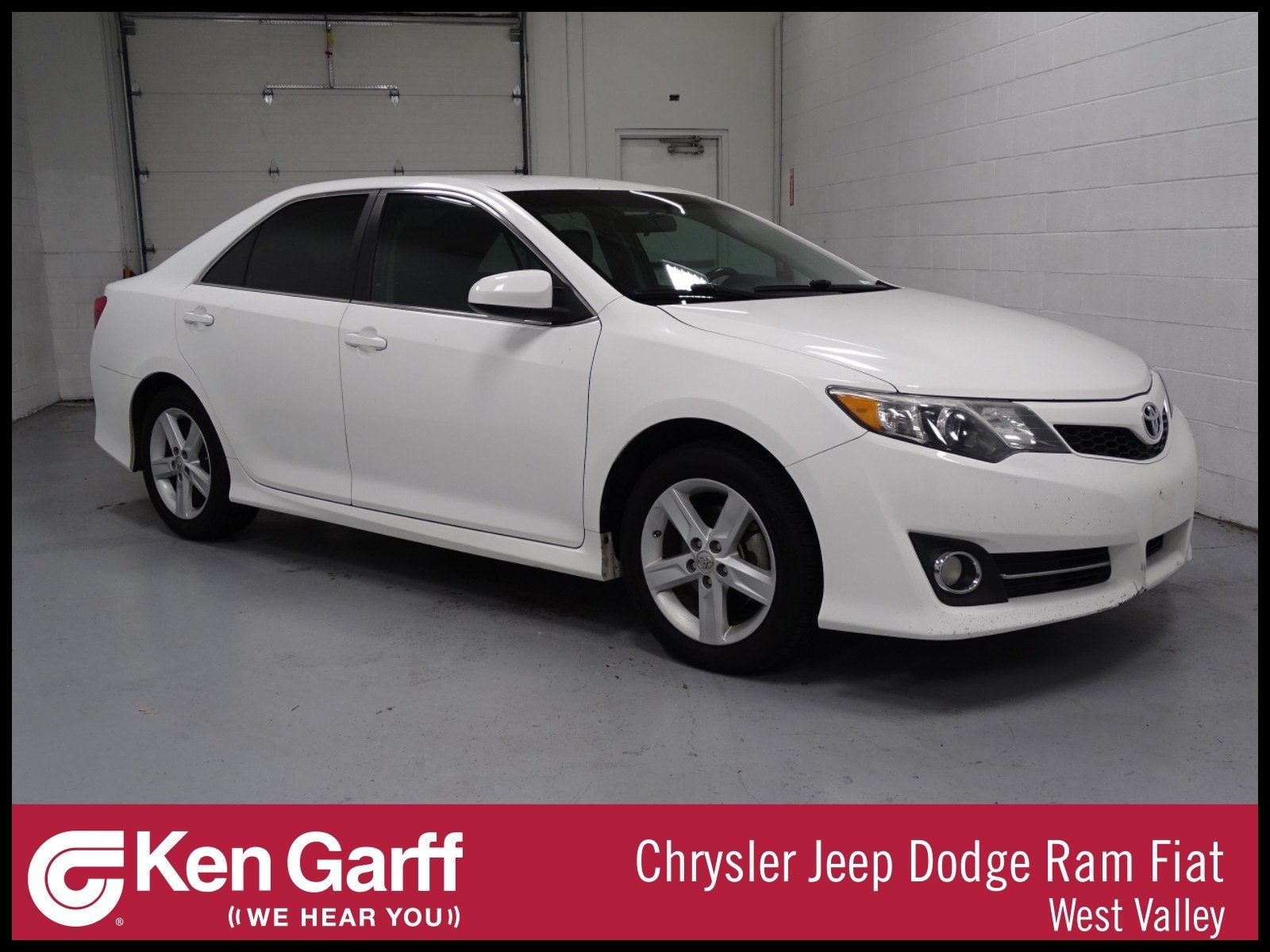 Pre Owned 2014 Toyota Camry SE