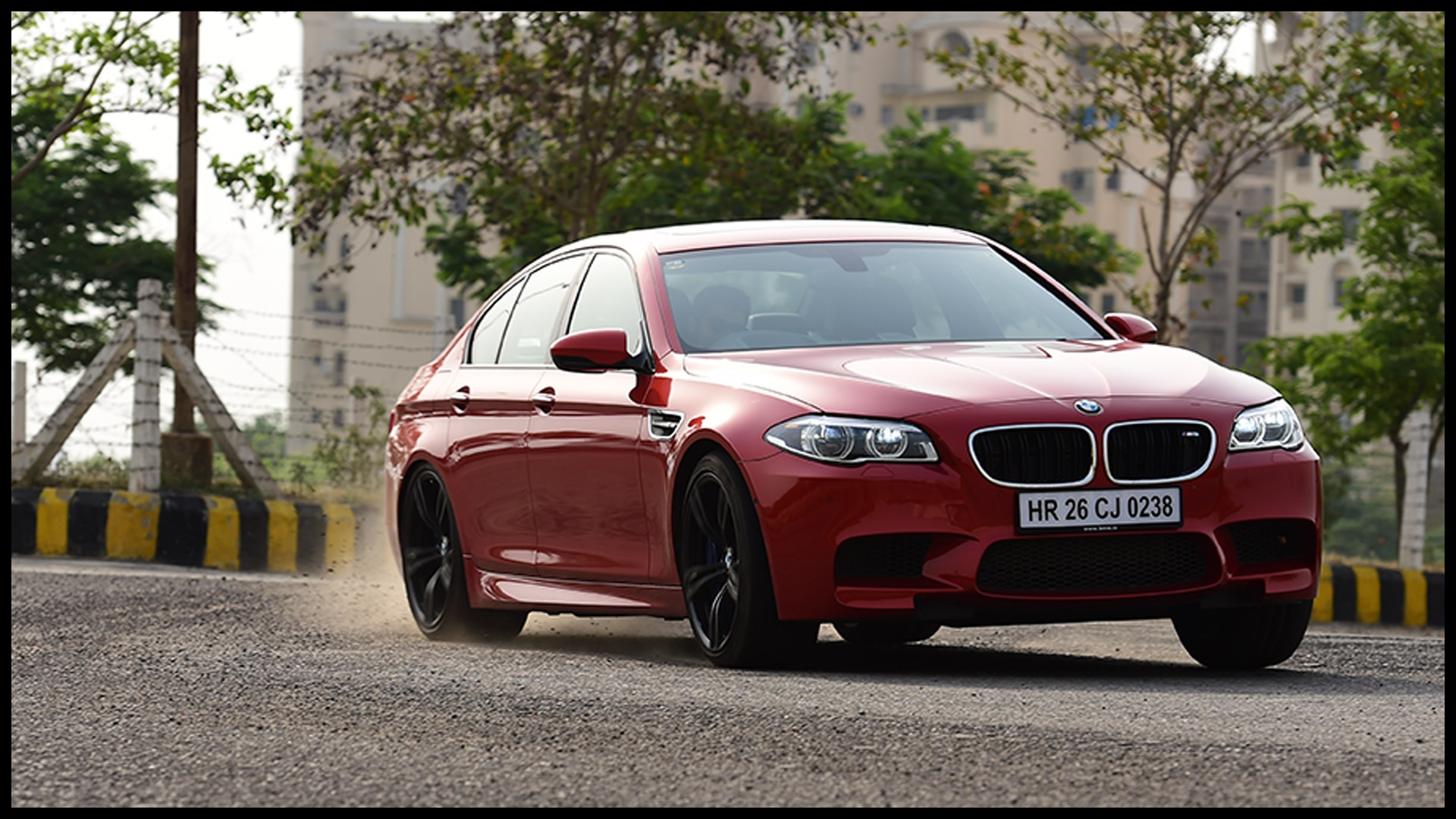 BMW M5 2014 STD Price Mileage Reviews Specification Gallery Overdrive