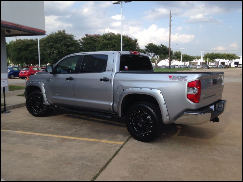 2014 toyota Tundra Tss Package