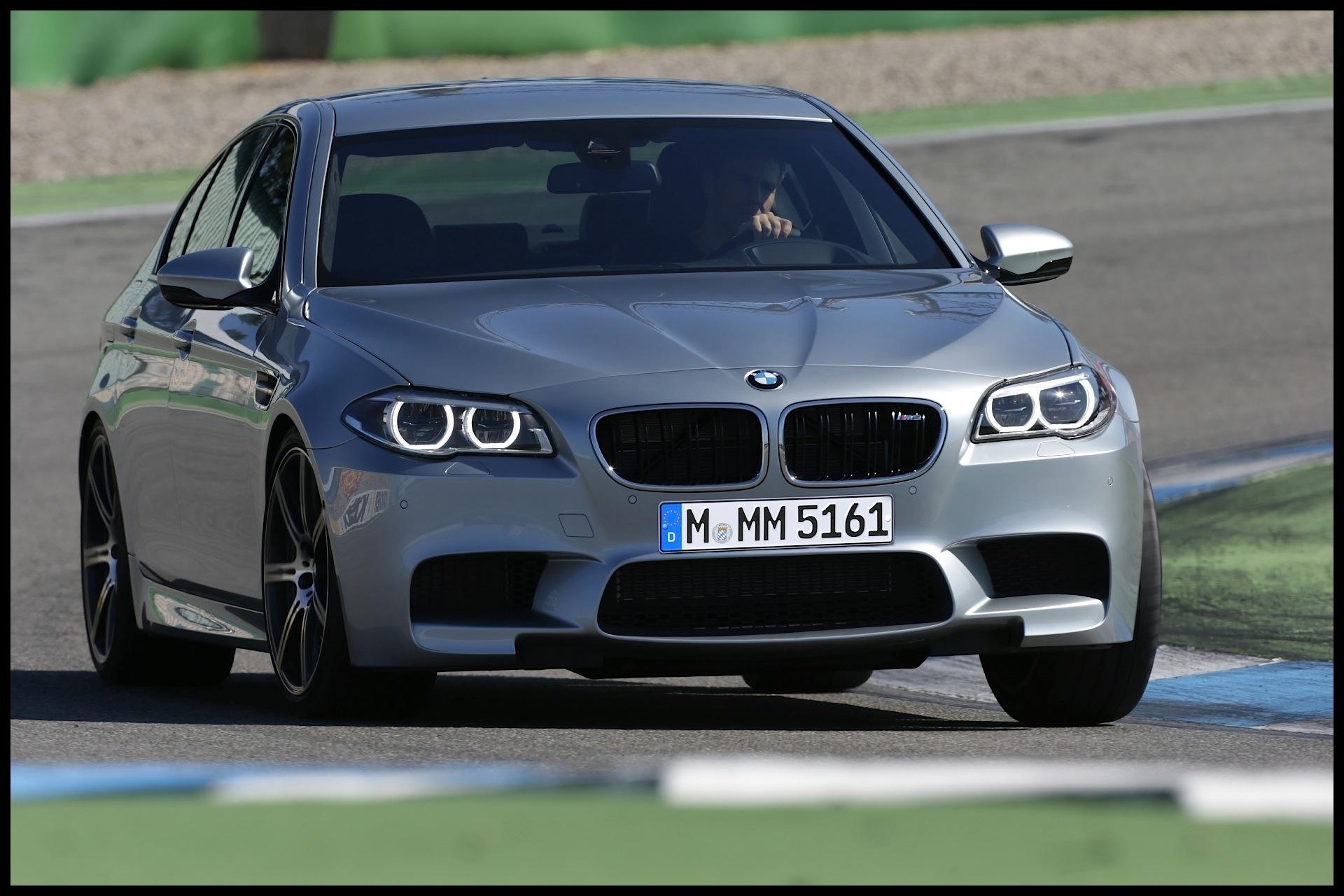 BMW M5 F10 2011 2013