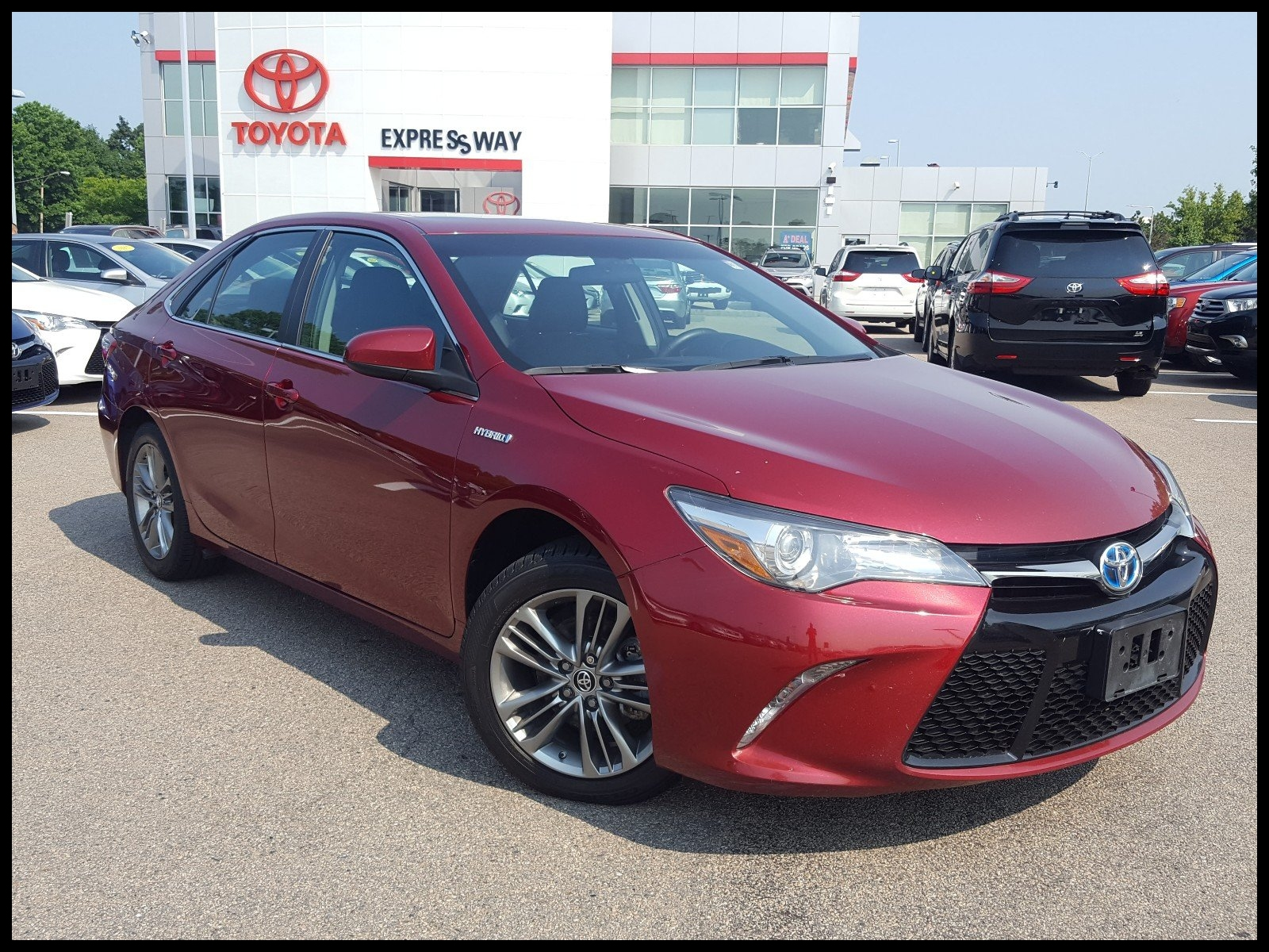 Certified Pre Owned 2015 Toyota Camry Hybrid SE