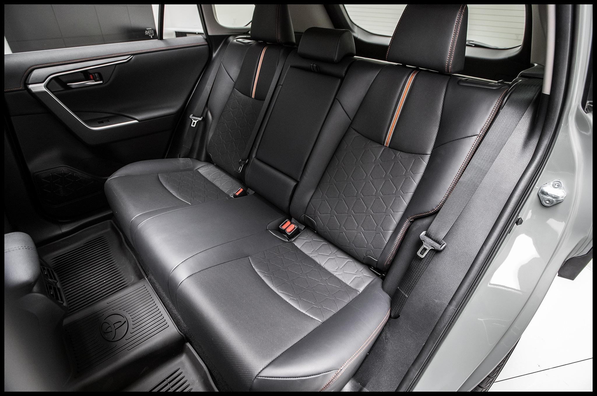 Special Rav4 Rear Seat Covers Best toyota Rav4 2 0d 4d Lounge 4—4 A