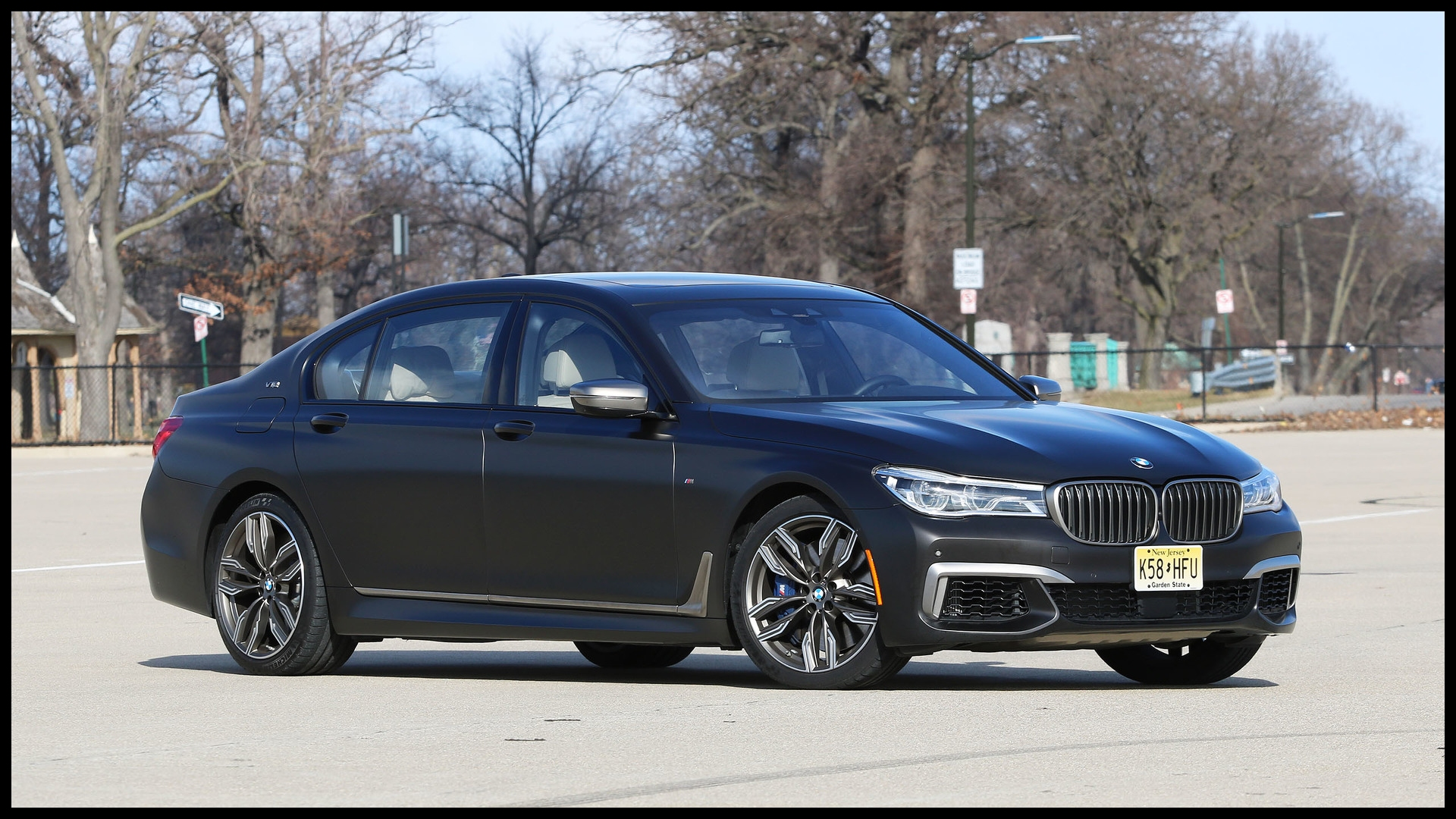 2017 bmw m760i review