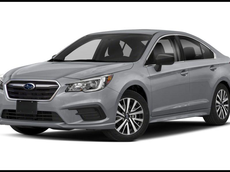 2017 Subaru Legacy Vs toyota Camry