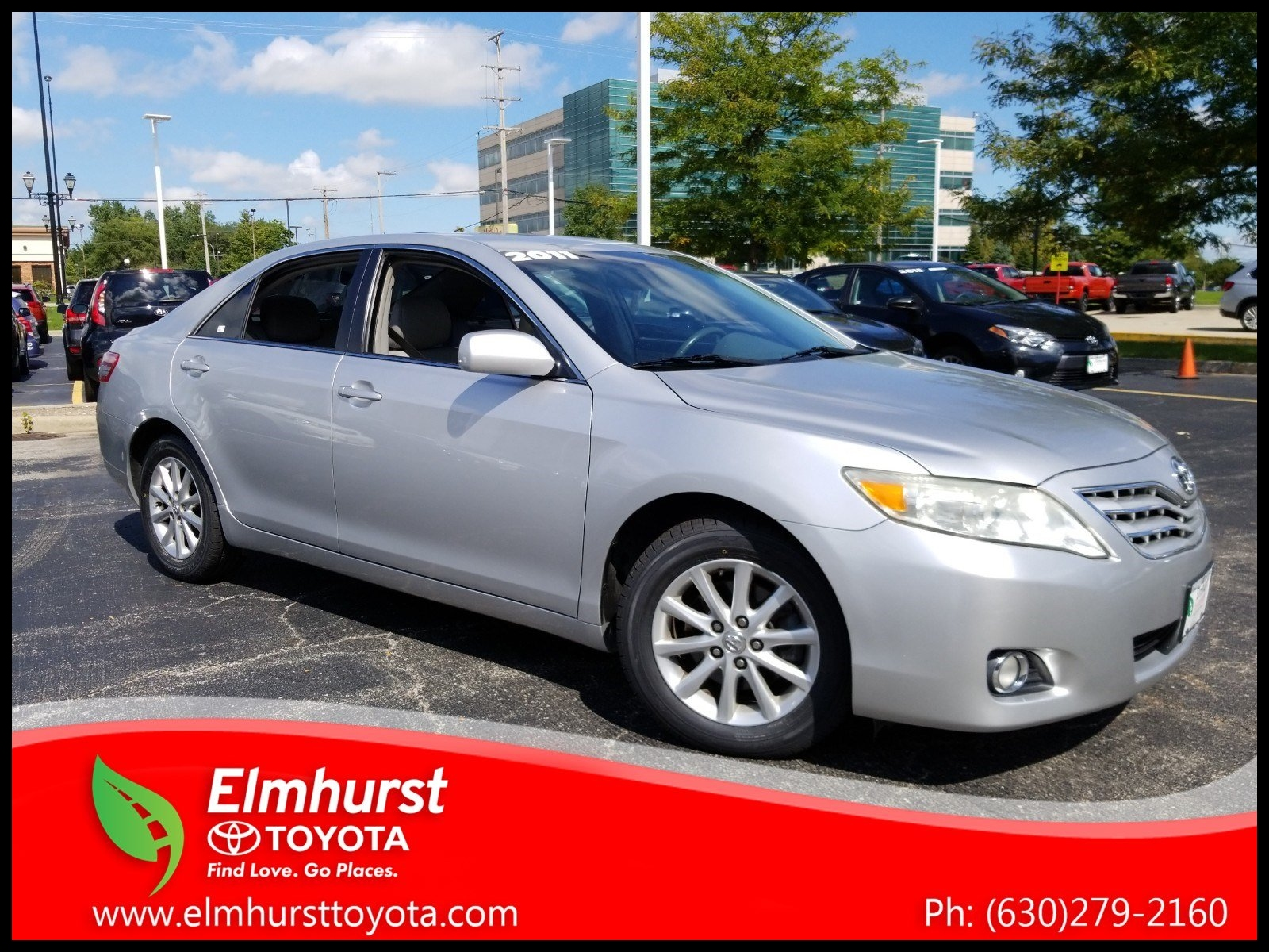 Pre Owned 2011 Toyota Camry XLE