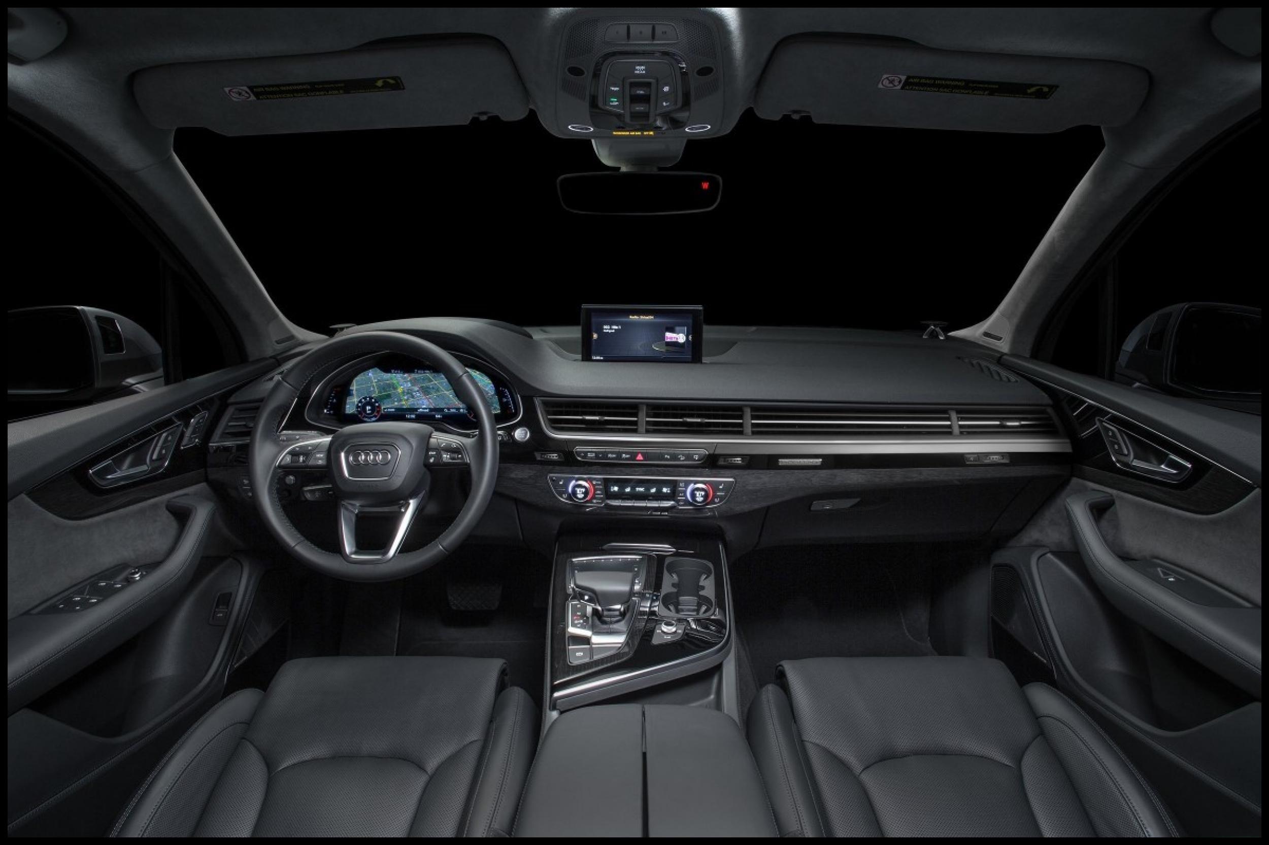 Black 2017 Audi Q7 Interior