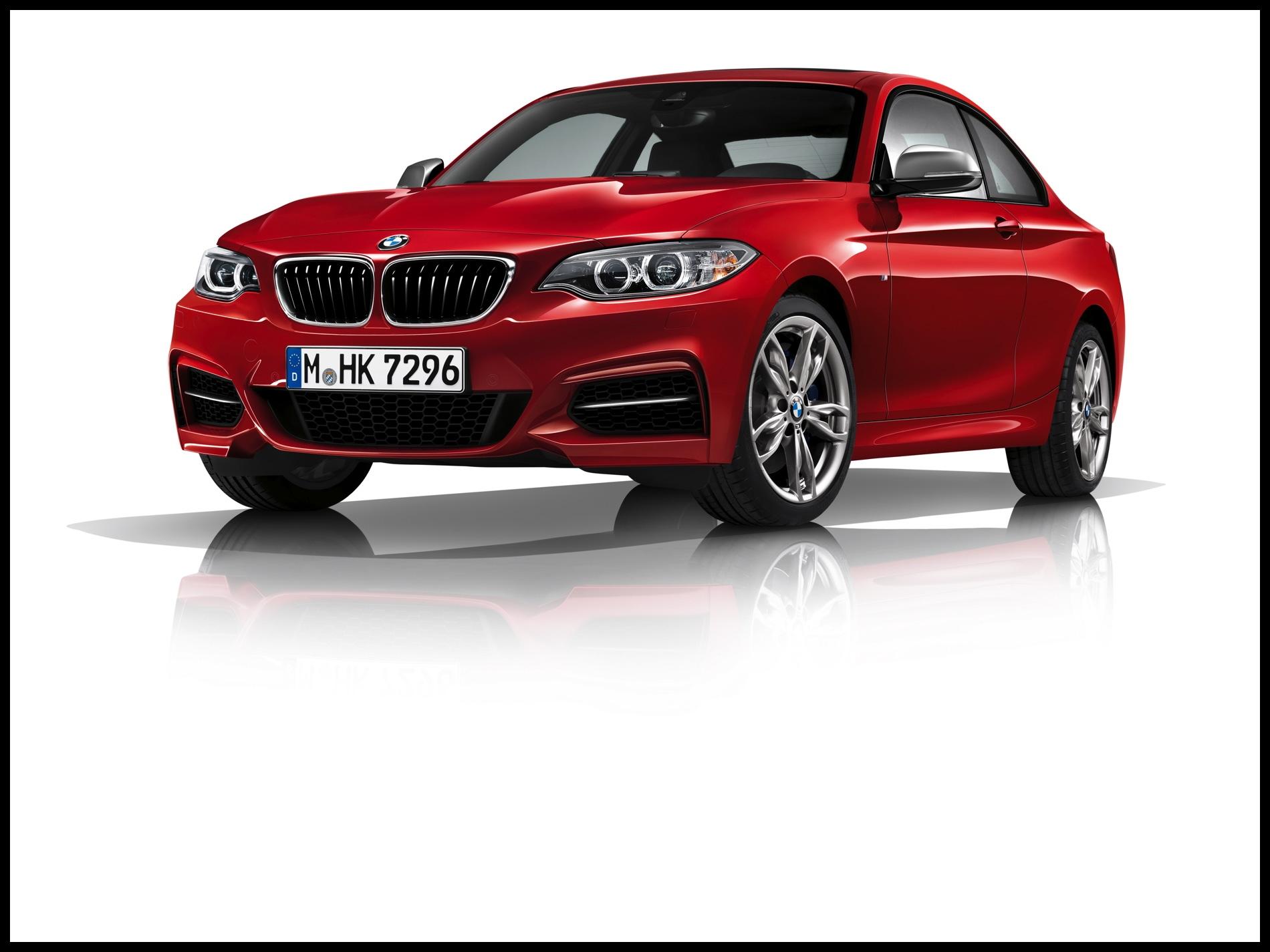 BMW M240i 2 750x563