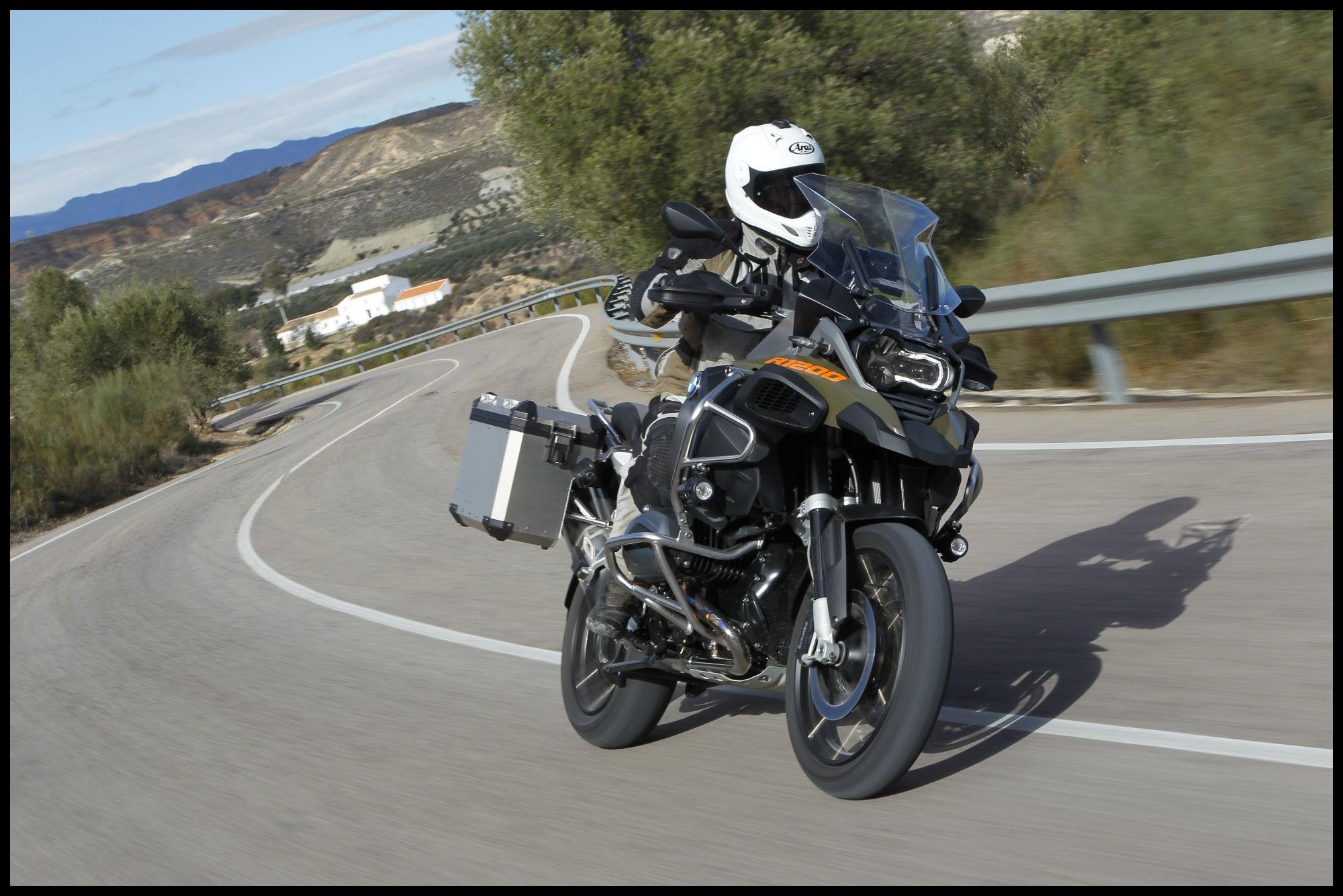 2018 Bmw R1200gs Adventure Accessories Inspirational Back to Back Test Bmw R1200gs Adventure