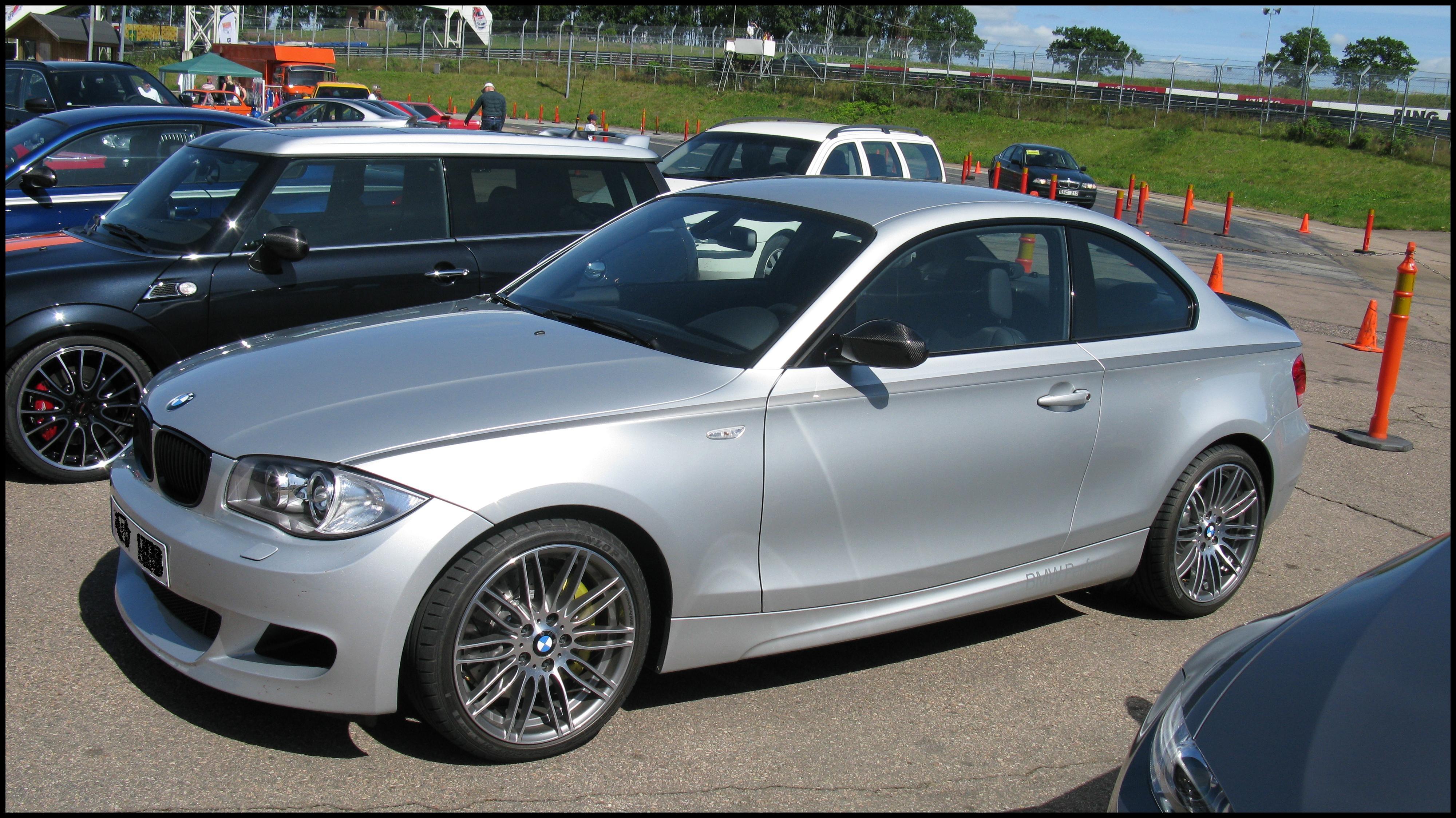 File BMW 125i Coupé