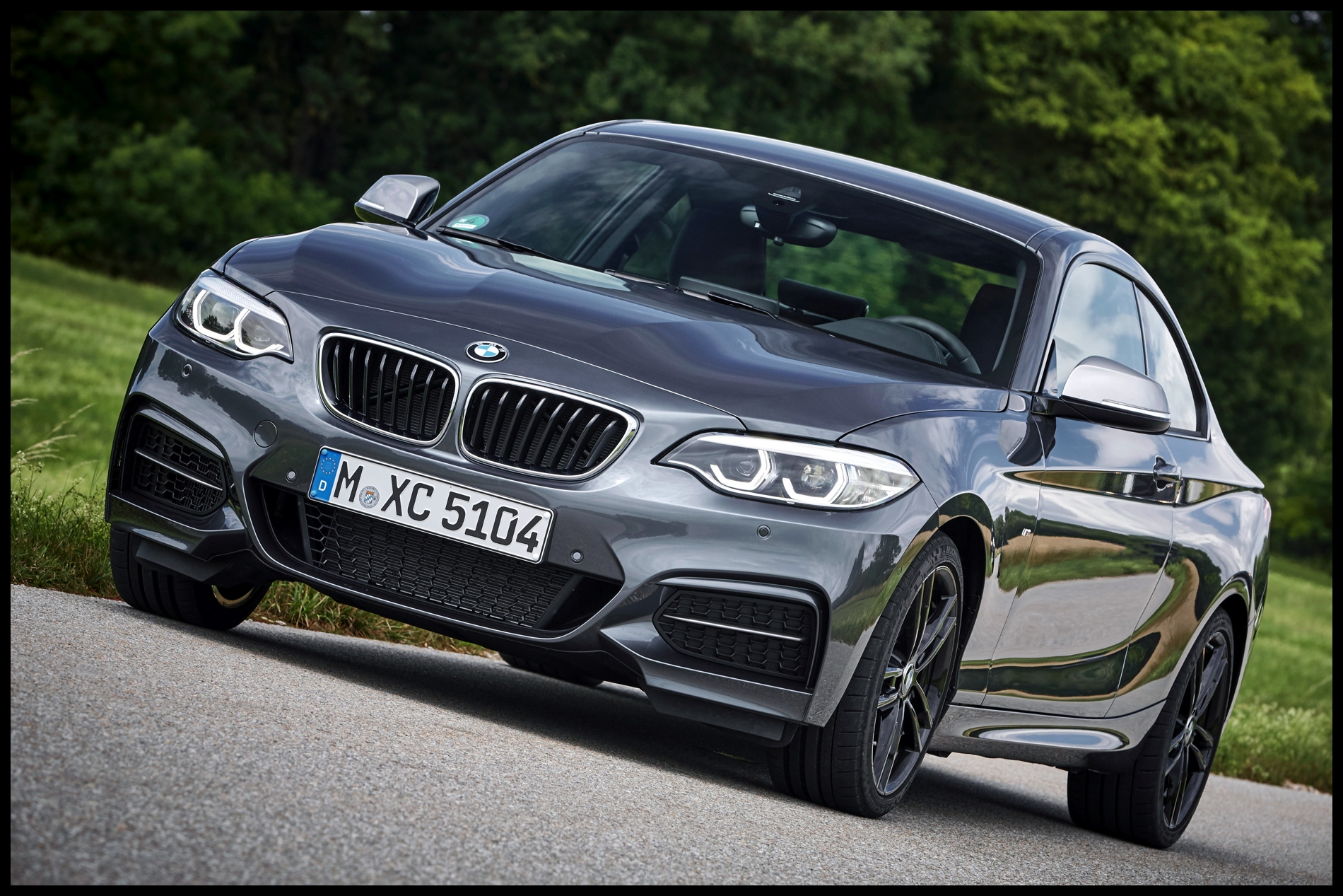 2017 BMW M240i photo gallery 36
