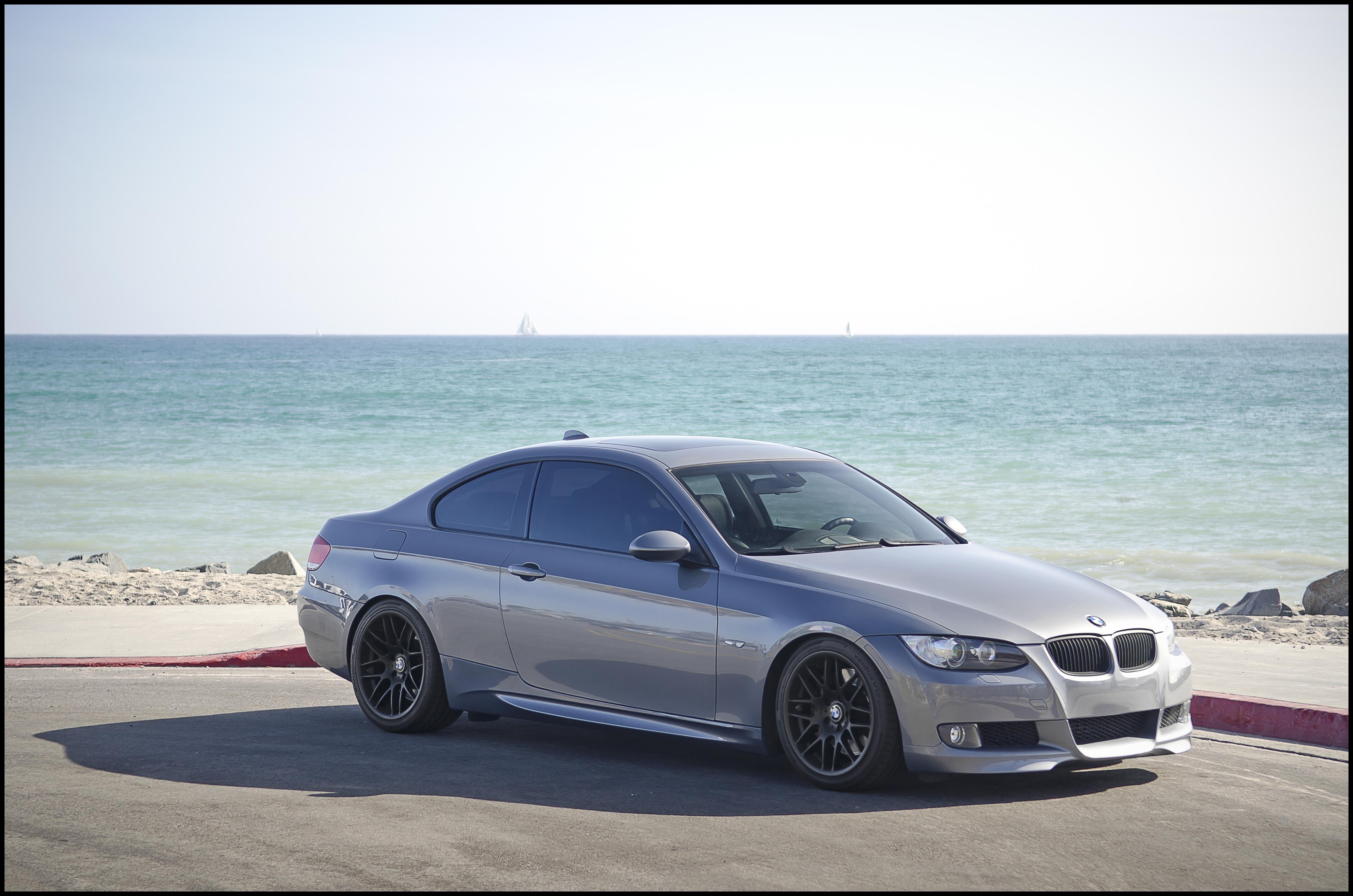 File BMW 335i Coupe on VRM V703 Wheels