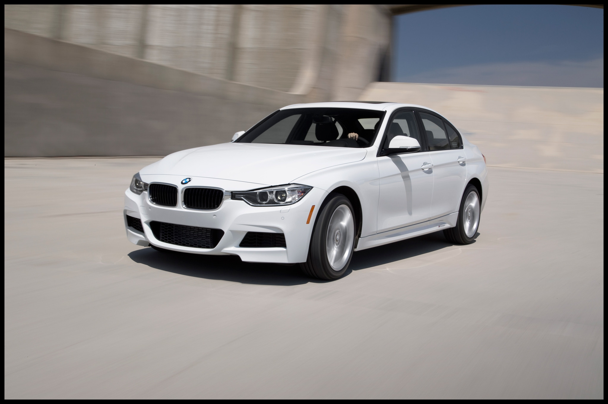 Extraordinary Bmw 335i Mpg 2013 Bmw 335i Xdrive First Test Motor Trend
