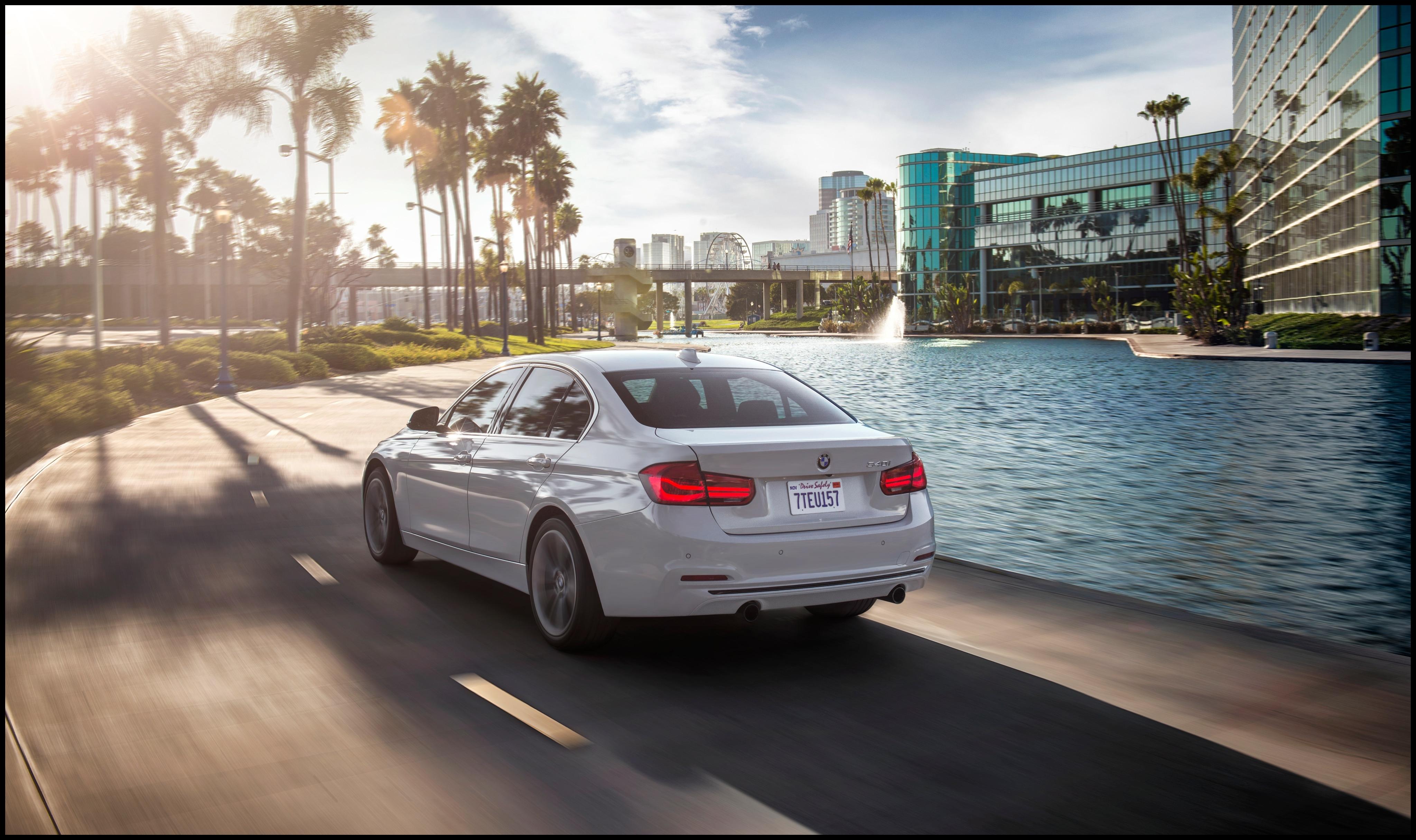 2018 BMW 3 Series 320i Performance Specs