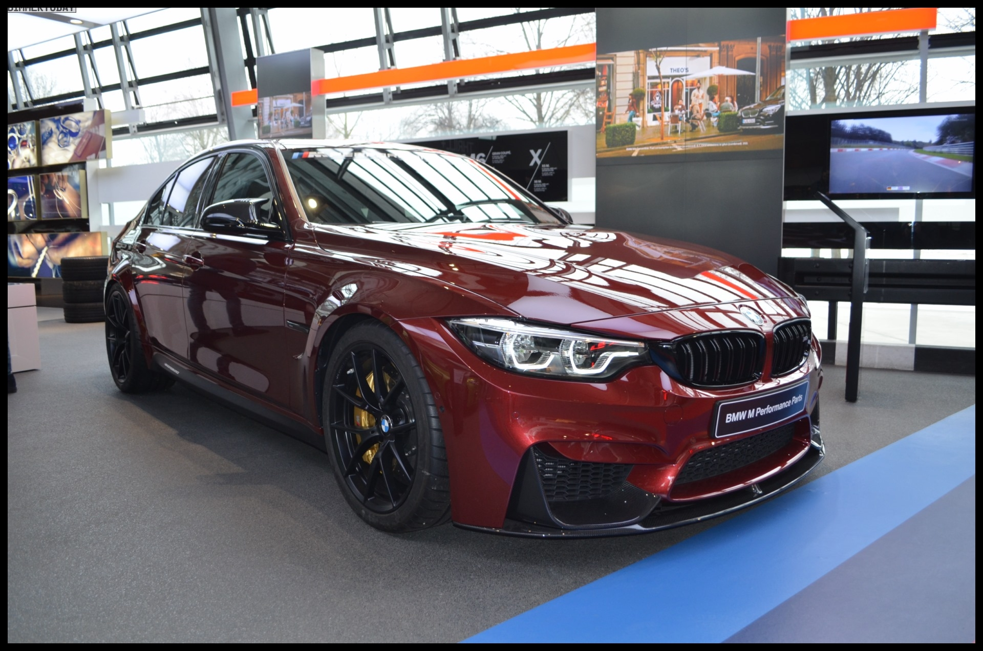 The BMW Individual Ruby Red II color is a powerful alternative to other reds and is therefore very popular on many different vehicles