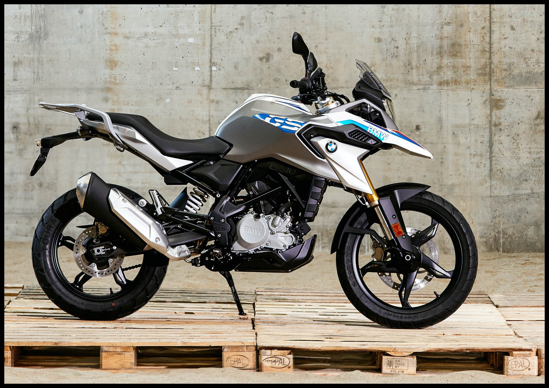 New BMW G 310 GS fers Lightweight Adventure with video