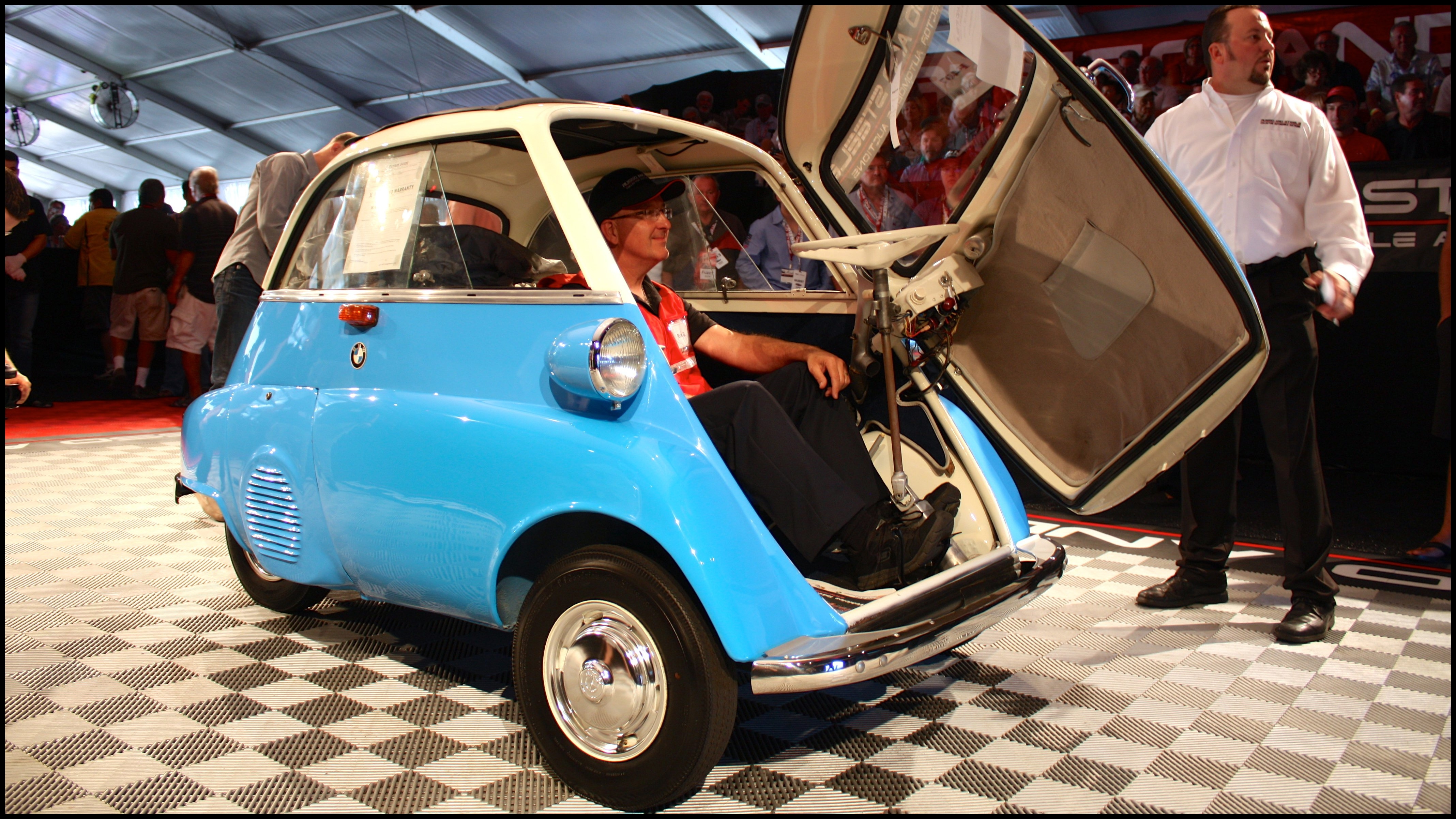 BMW Isetta Reviews Specs Prices s And Videos