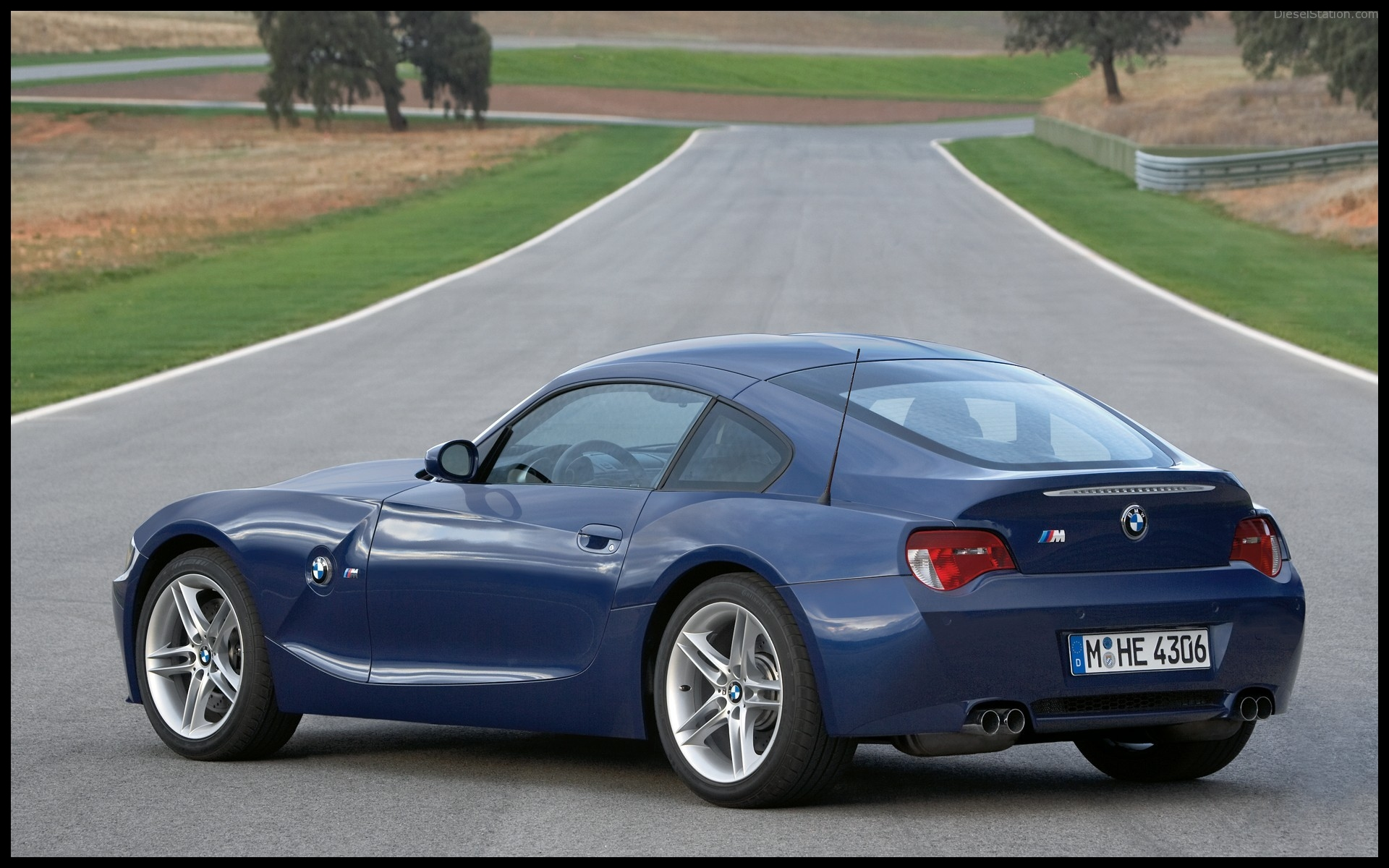 BMW Z4 M Coupe 2006 widescreen 018