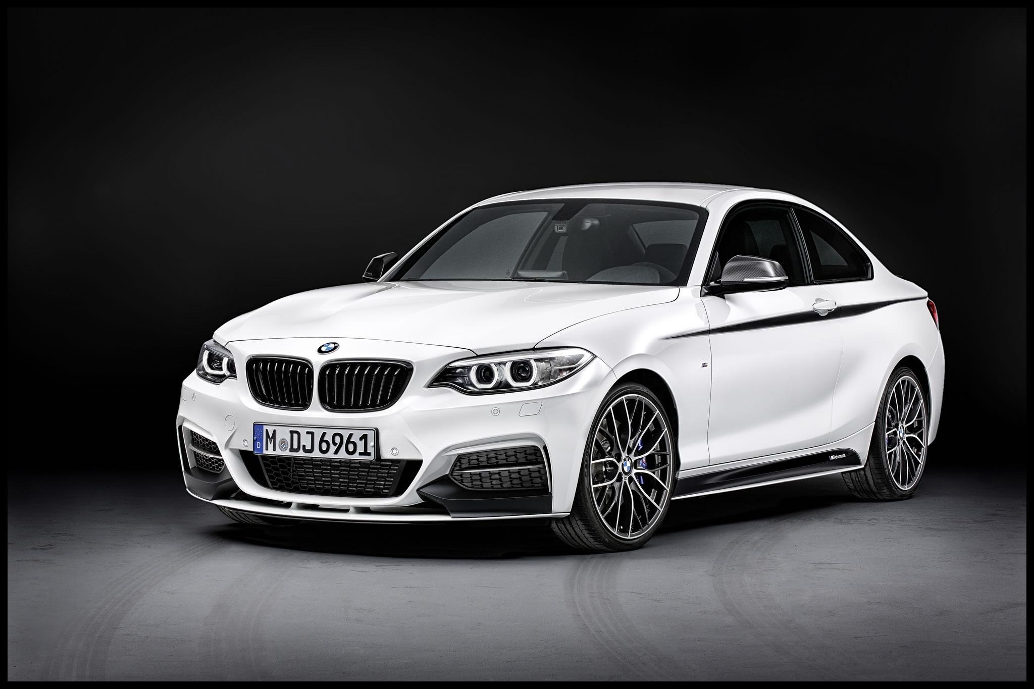 2014 BMW M235i Coupe M Performance