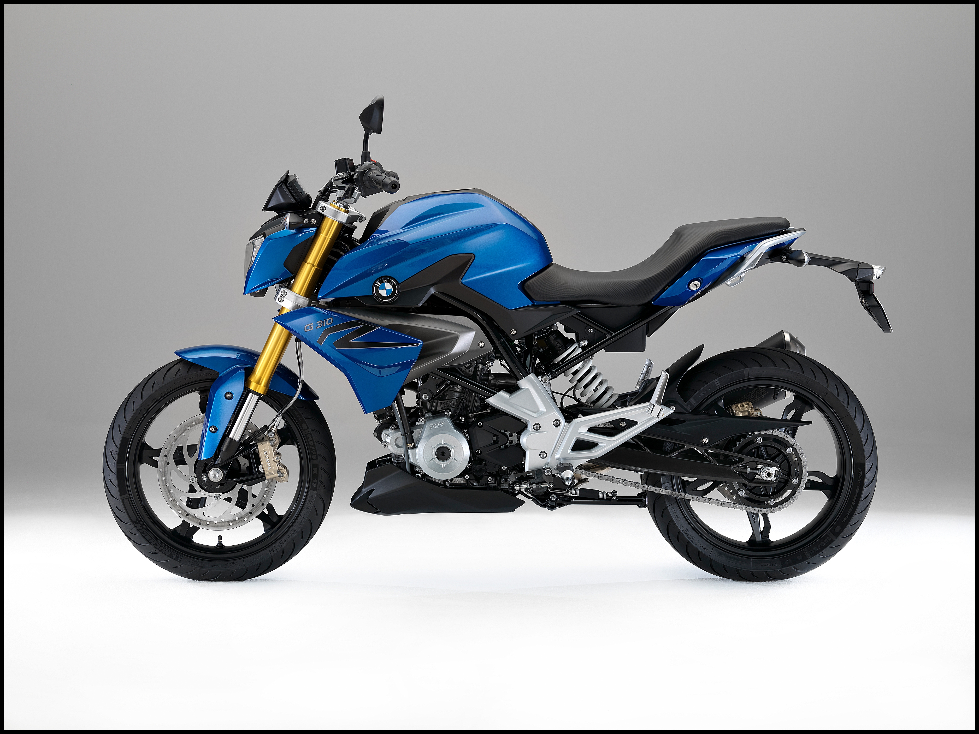 BMW Motorcycle 2015 16 G 310 R Side 3750x2813