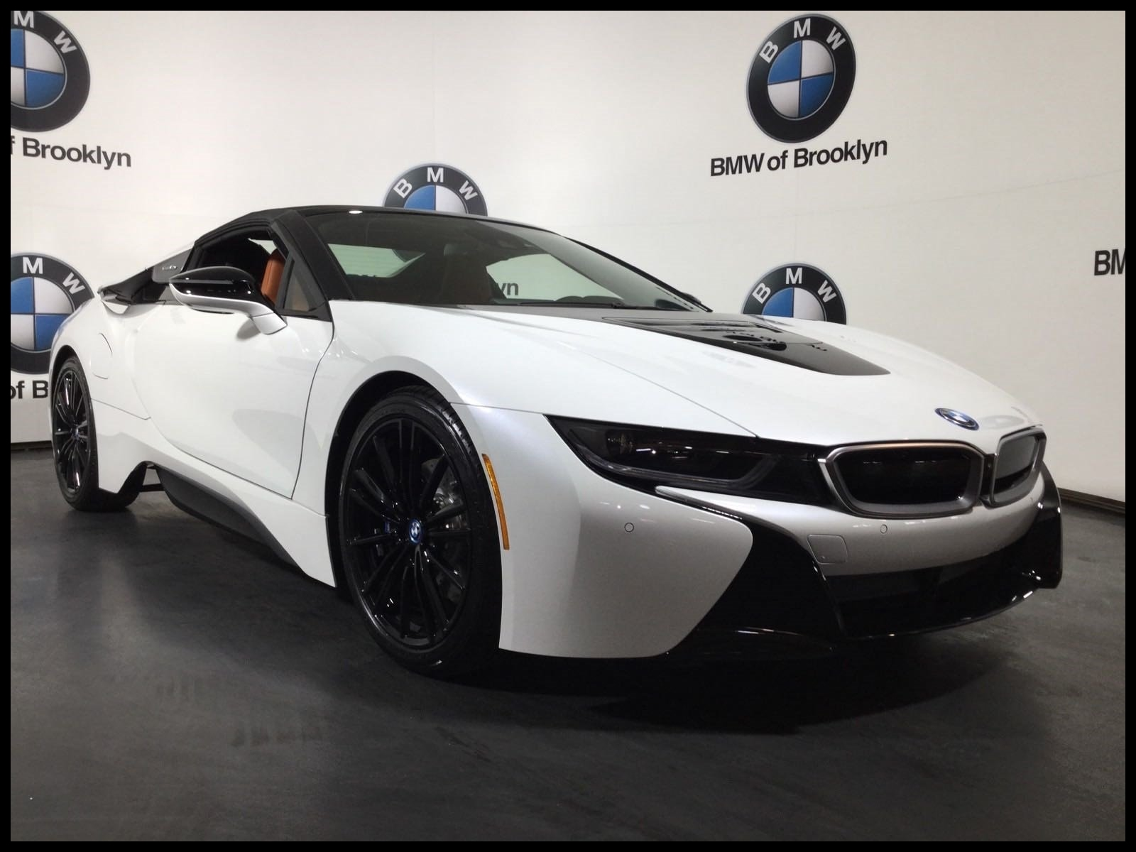 New 2019 BMW i8