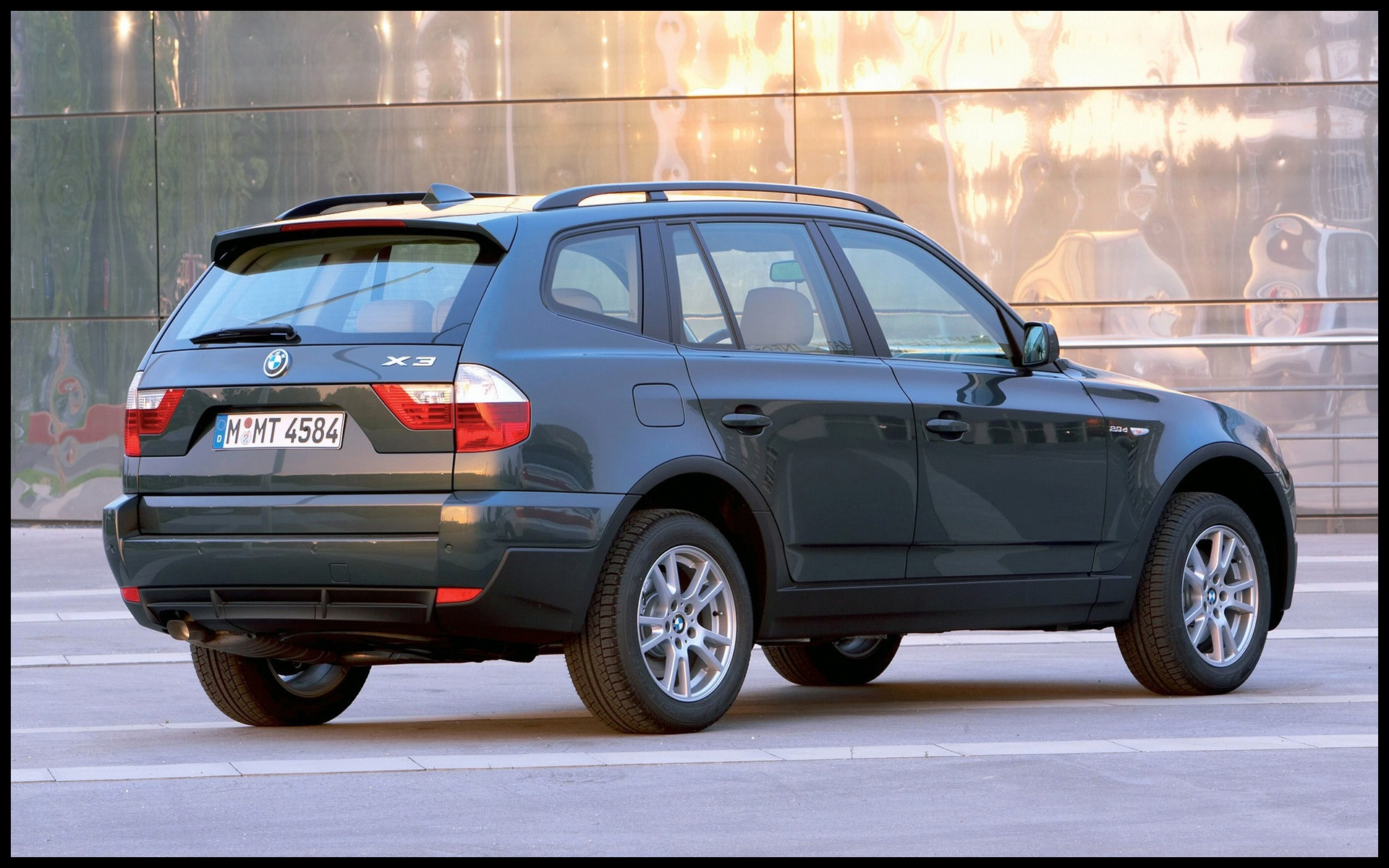 Car Image Moving Fresh Wallpapers That Move Awesome Bmw X3 2 0d 2007 Bmw E 21 Wallpaper