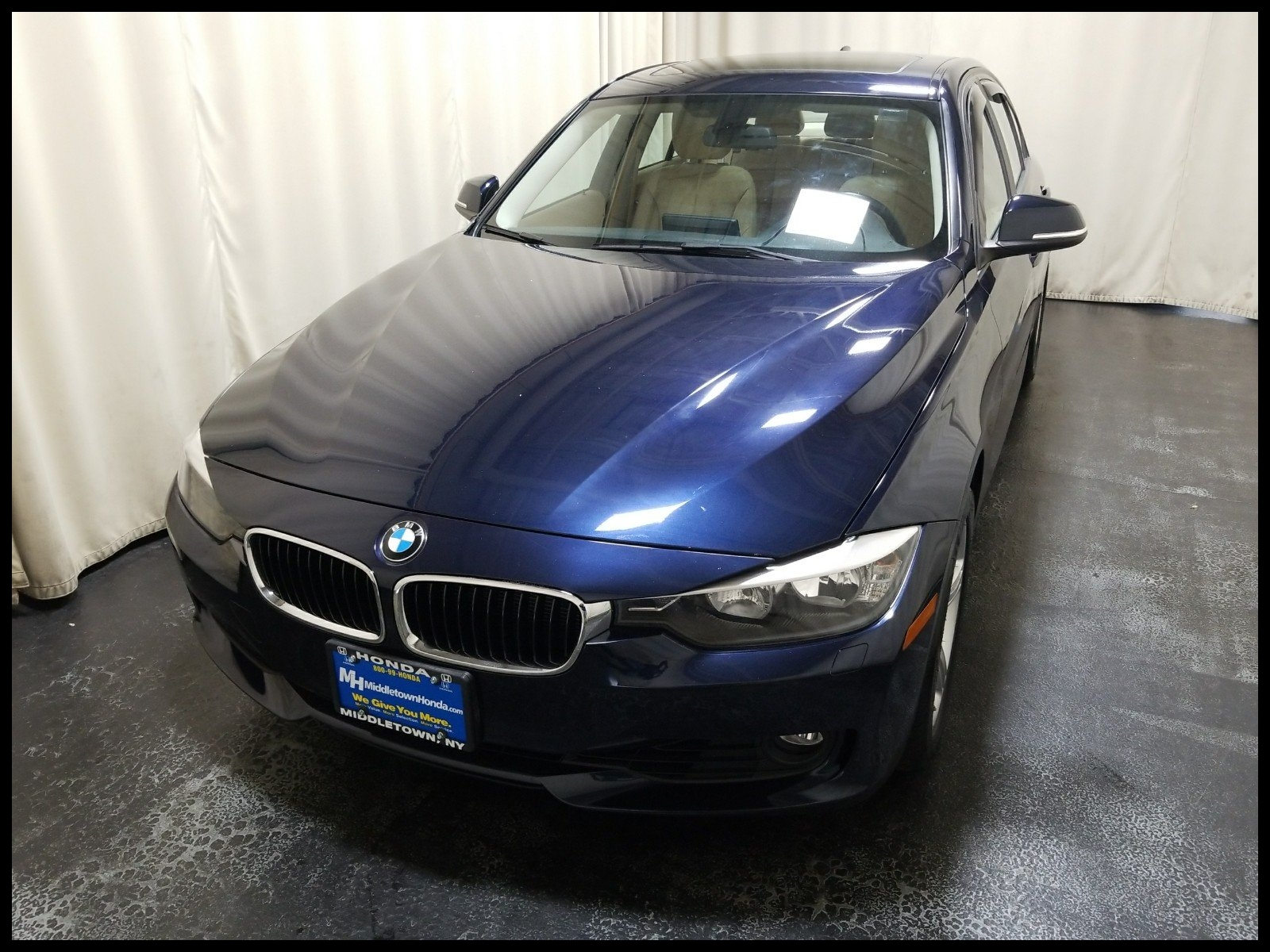 Pre Owned 2014 BMW 3 Series 328i xDrive
