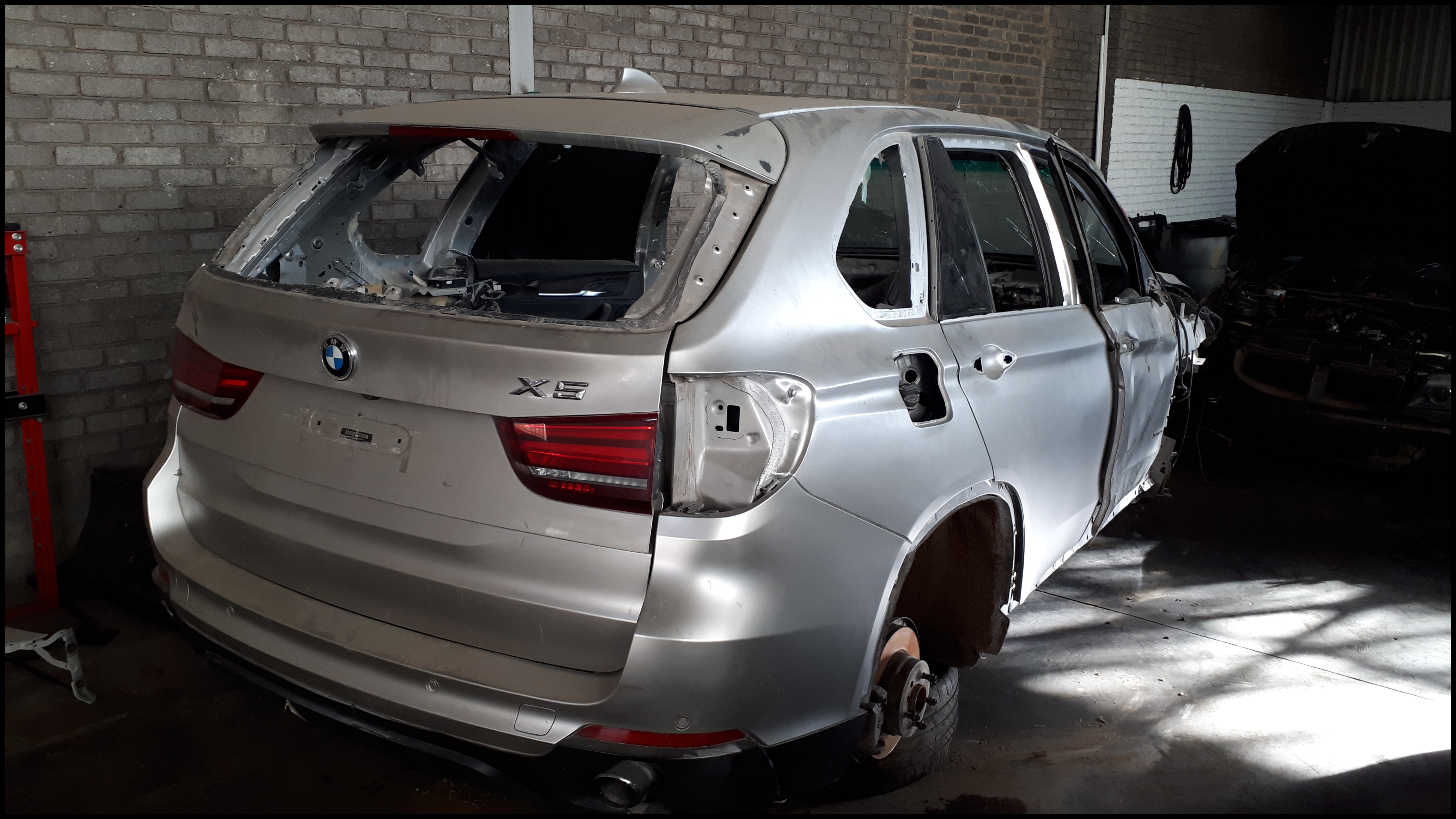 BMW F15 X5 3 0D Stripping for Parts