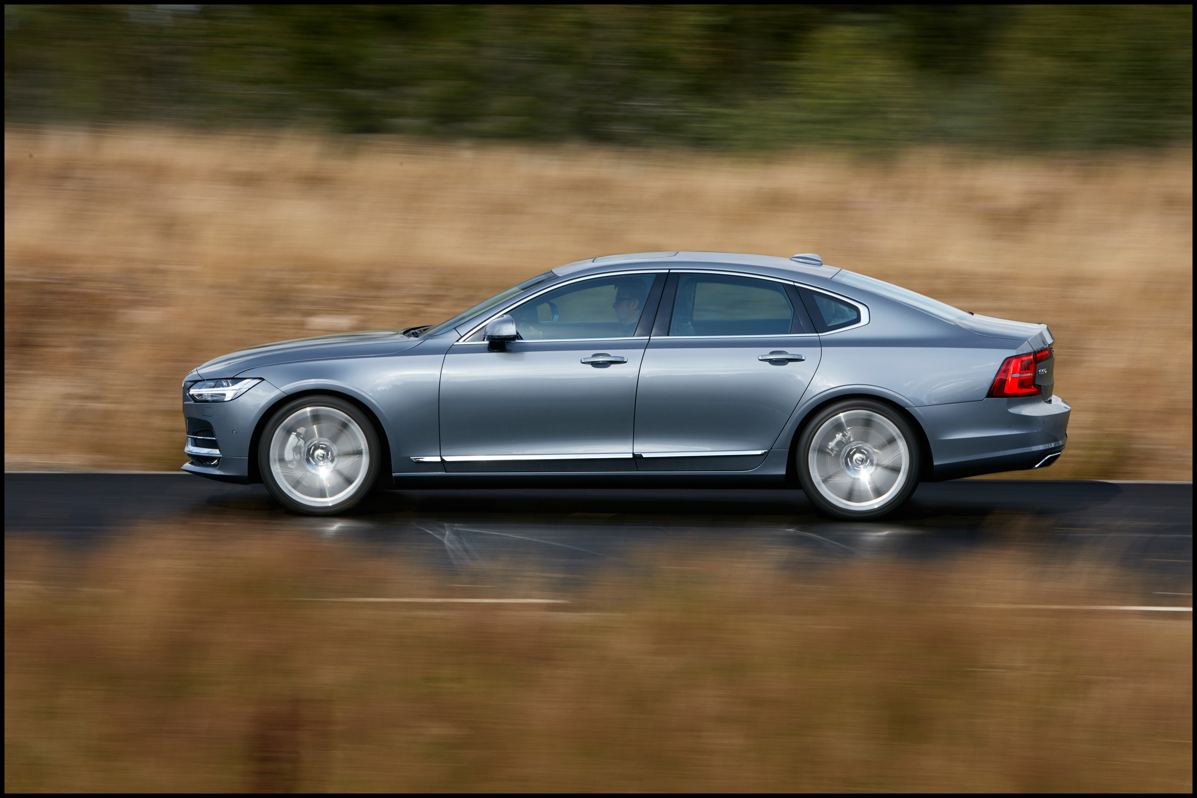 Take advantage of the Volvo S90 Lease Pull Ahead Program for Audi BMW Infiniti