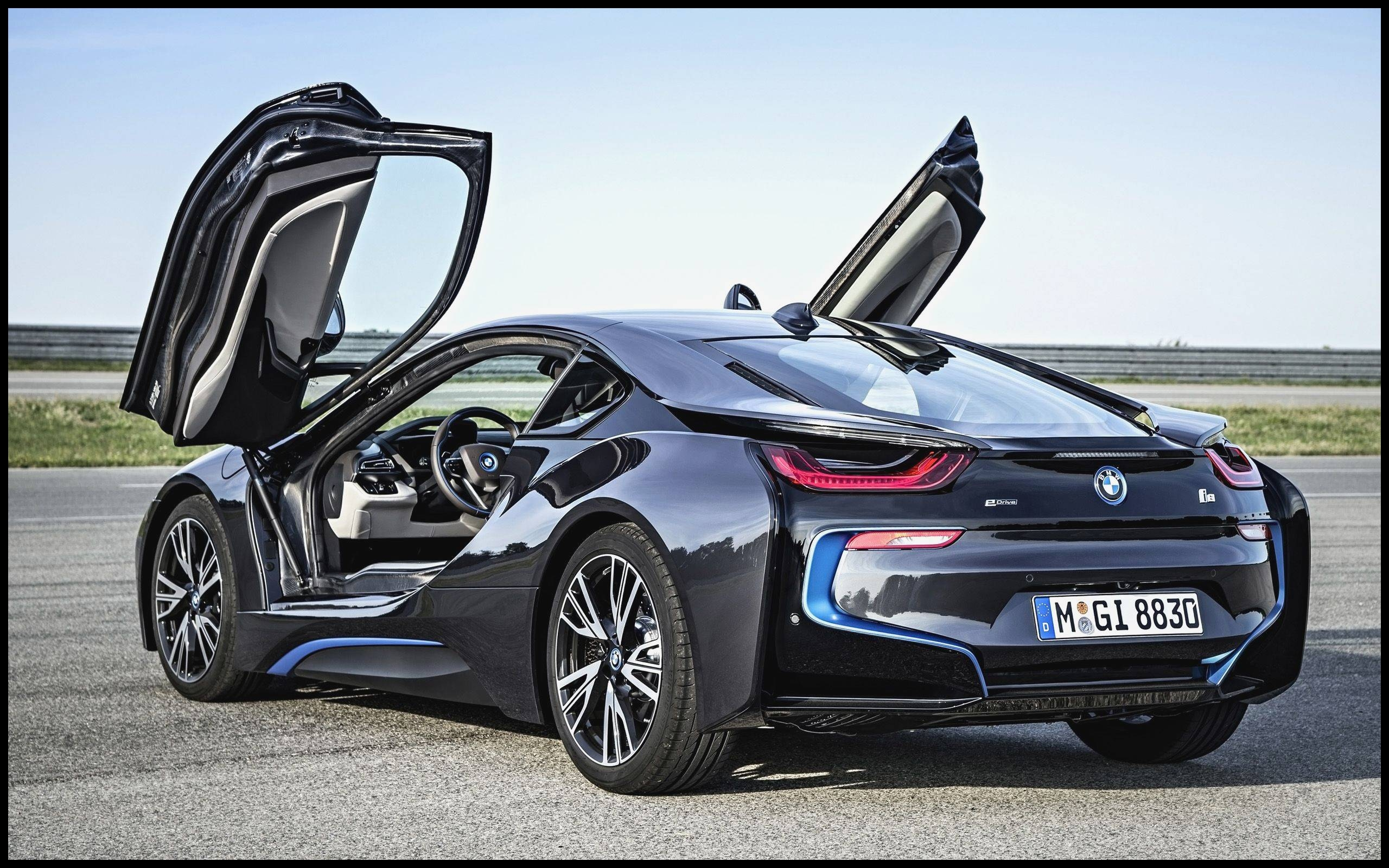 Bmw with butterfly Doors Bmw I8