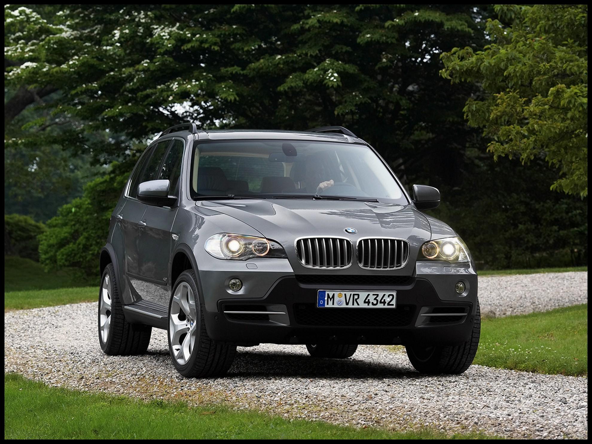 BMW X5 by Tim Saunders
