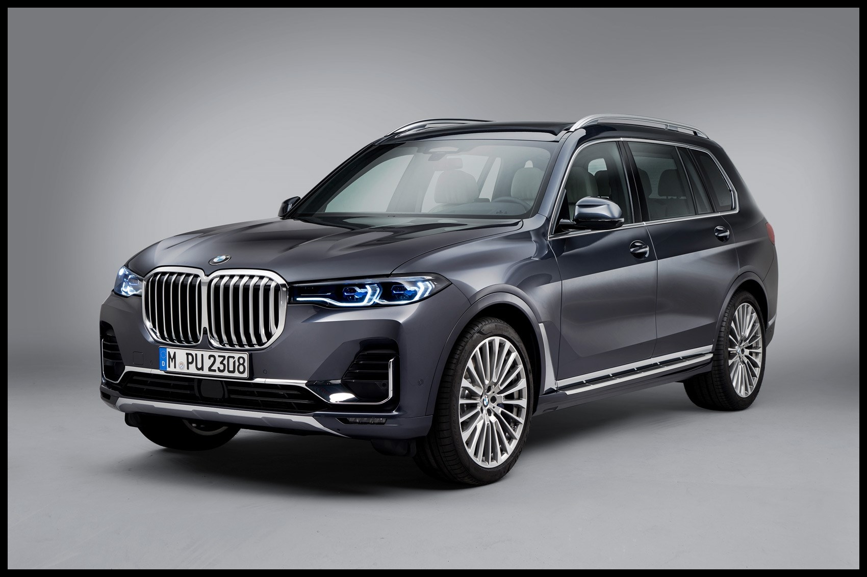 All new BMW X7 Munich s monolith is here
