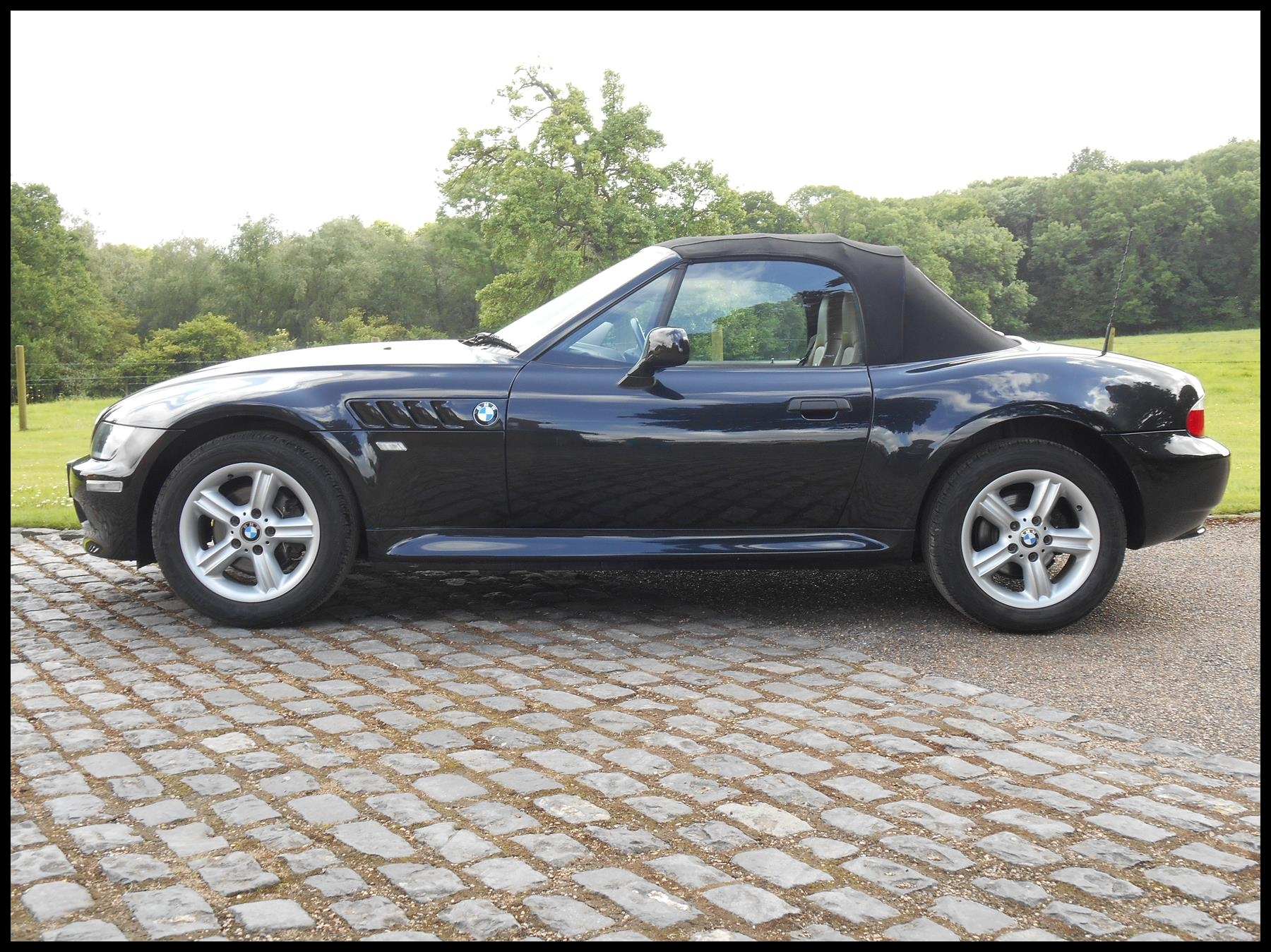 BMW Z SERIES Z3 ROADSTER 2000