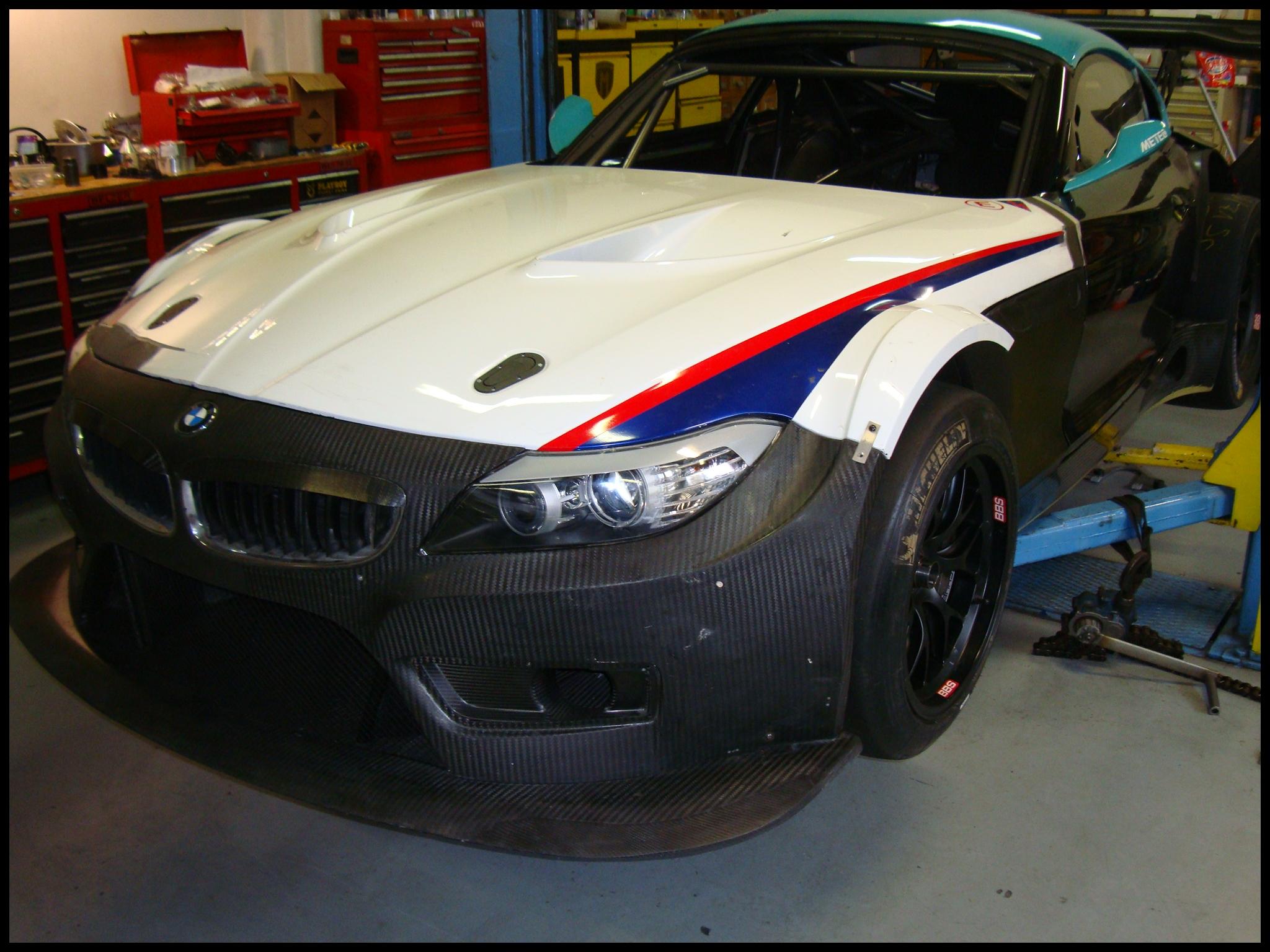 BMW Z4 GT3 body parts