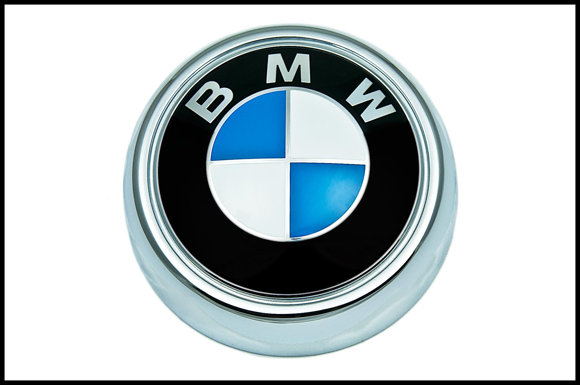 BMW Genuine Logo Roundel Rear Boot Trunk Lid Badge Emblem E92