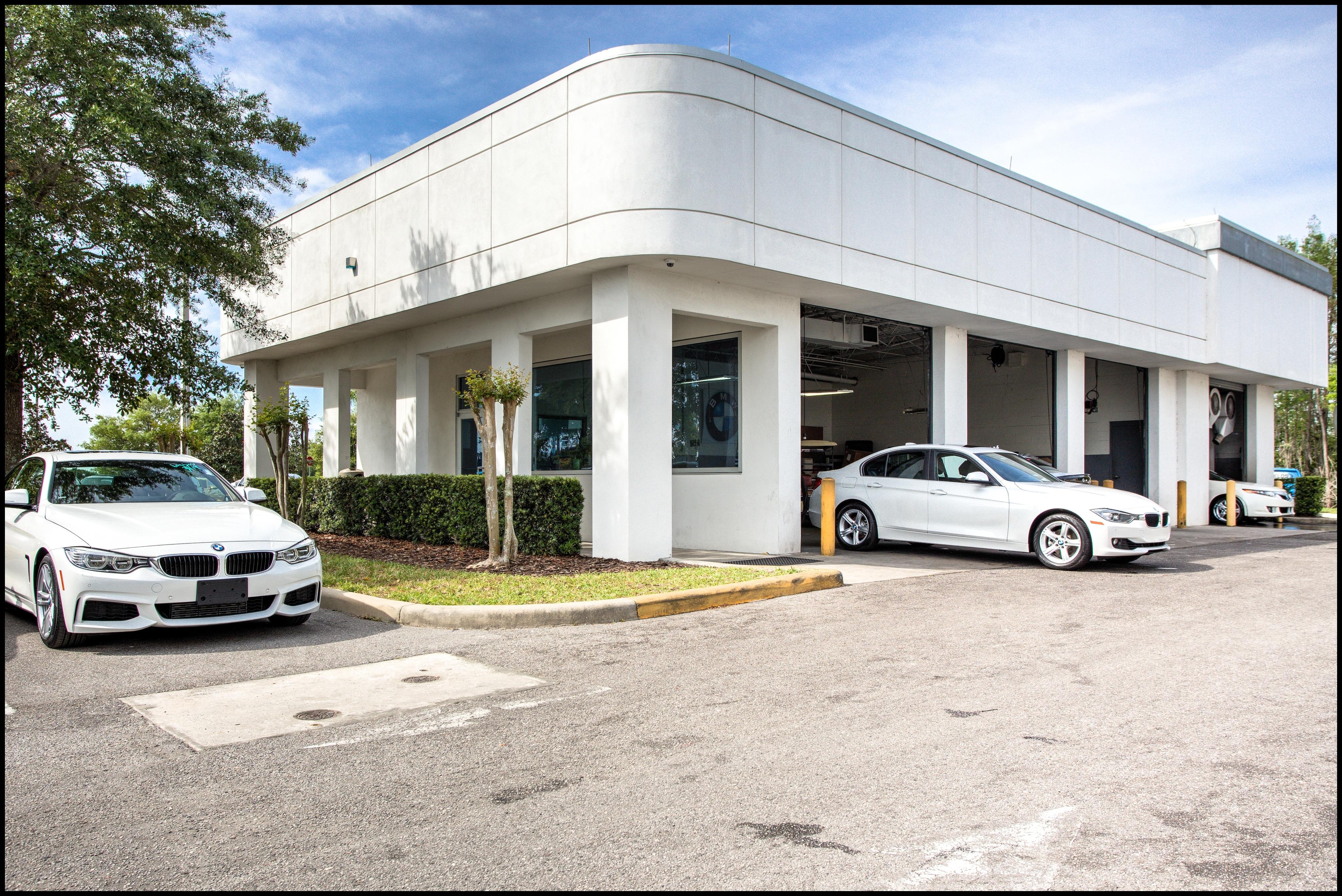 Fields BMW South Orlando plimentary Car Wash