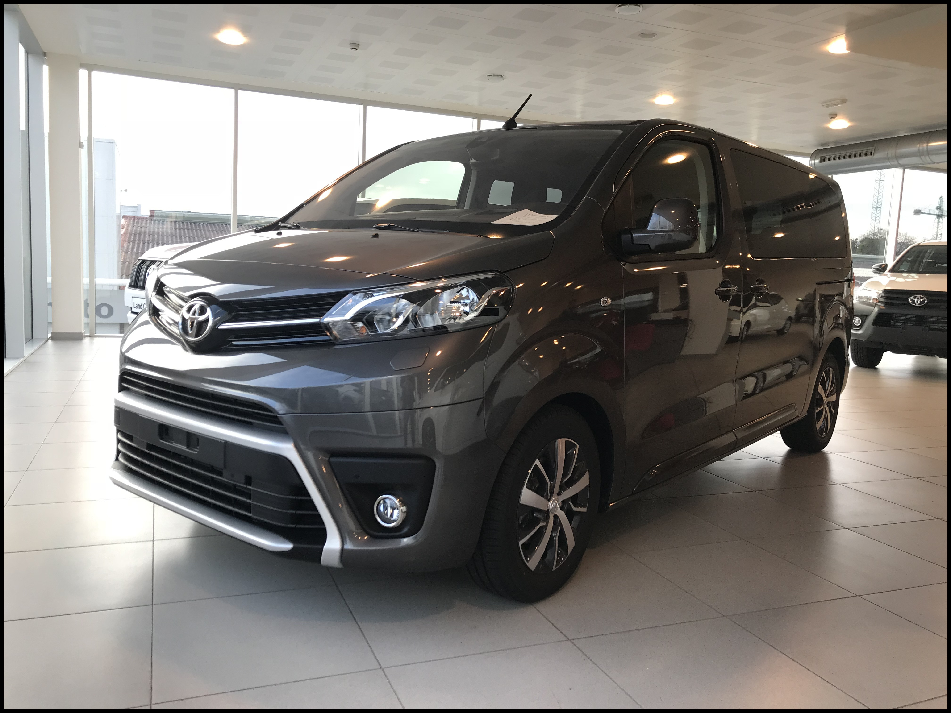Special toyota 2018 Lovely toyota Proace Verso Family Medio L1 2 0d Con 2km